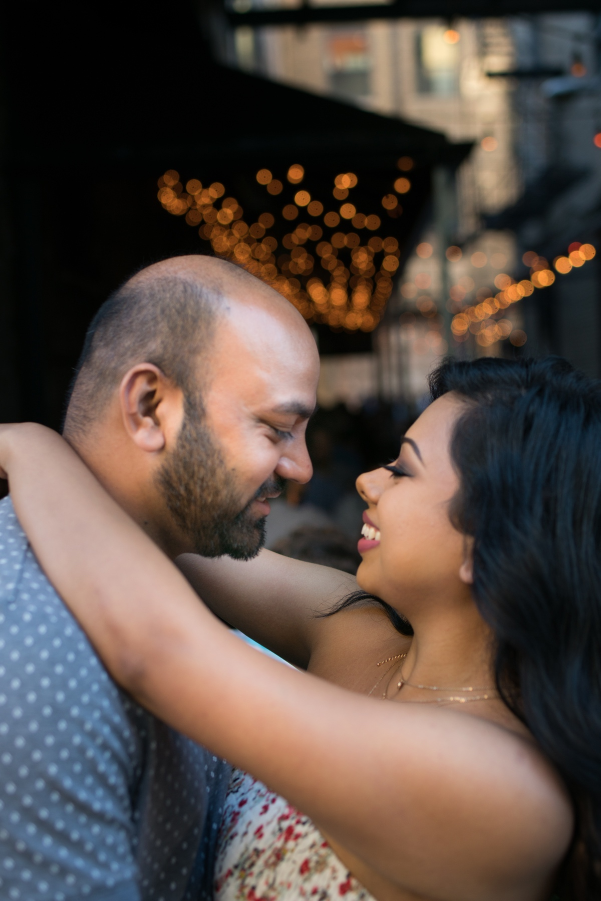 Le Cape Weddings - Engagement Session in Chicago - Brinjal-1.jpg