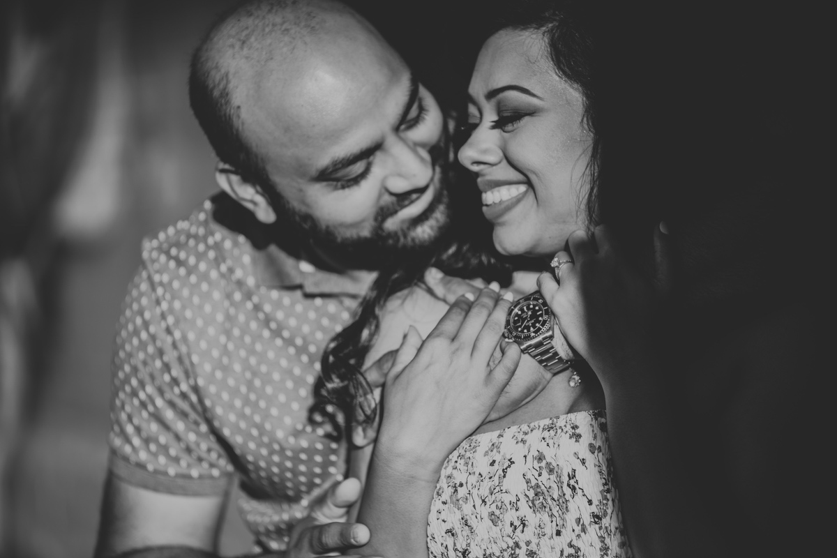 Le Cape Weddings - Engagement Session in Chicago - Brinjal-10.jpg