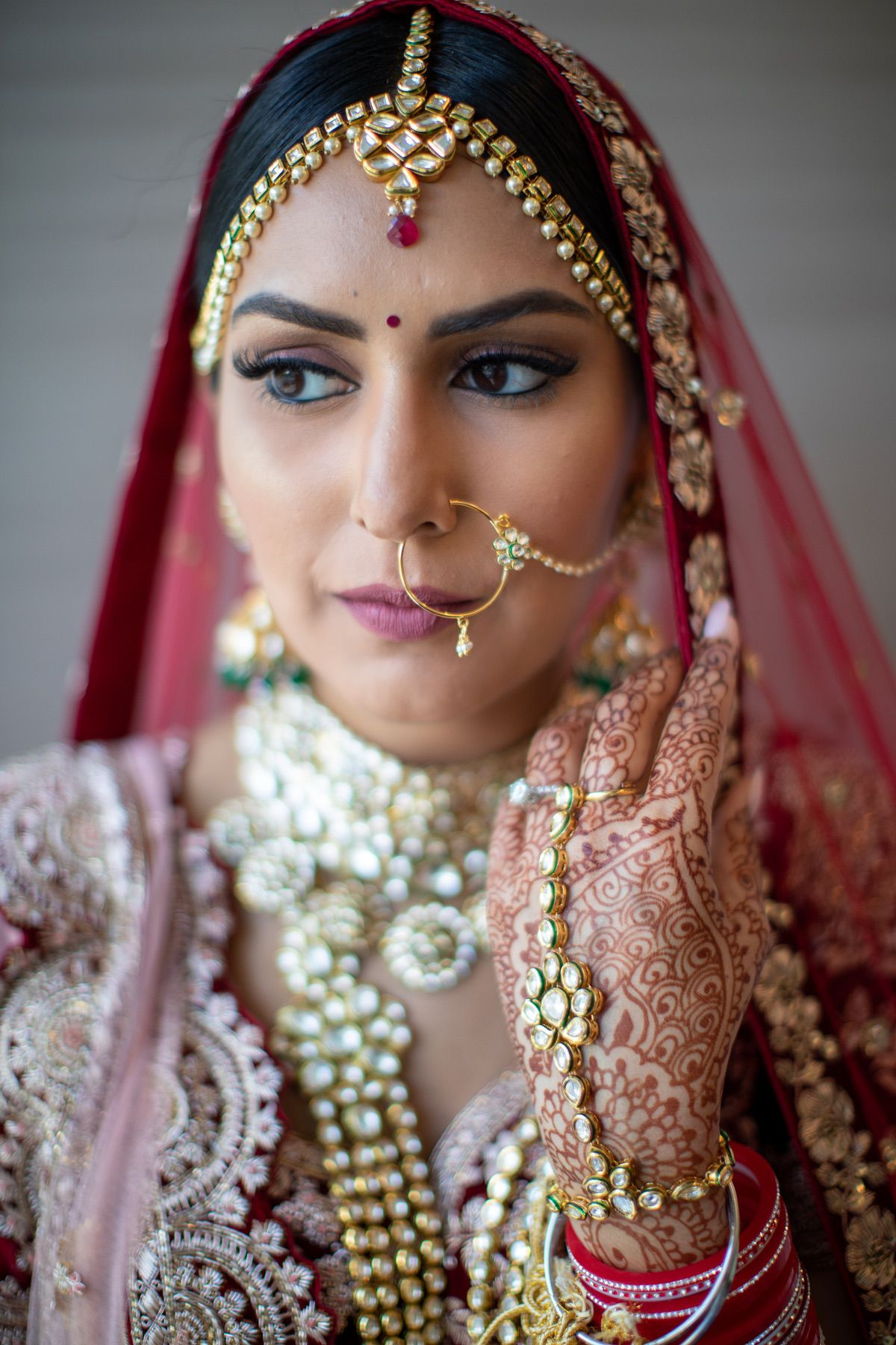 Le_Cape_Weddings_-_Serena_and_Kylash_-_Chicago_South_Asian_Wedding_-_Bride_Getting_Ready-64.jpg