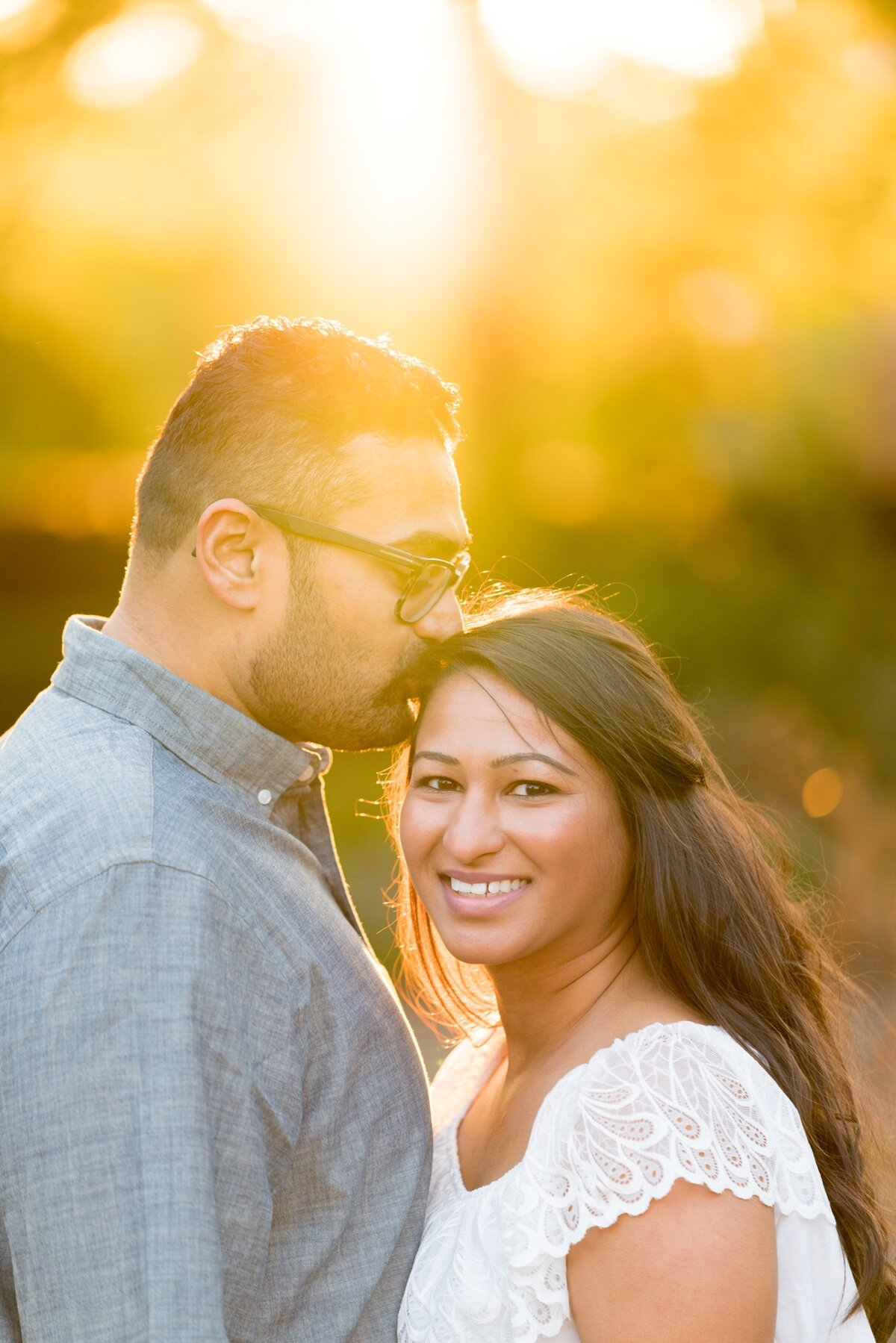 Le Cape Weddings - Chicago Engagement Session - Kinjal and Pratik -15.jpg