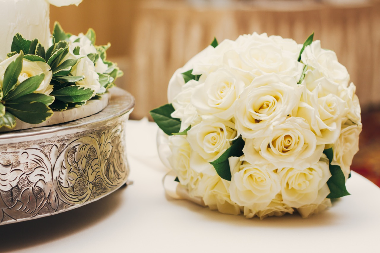 bouquet and cake.jpg