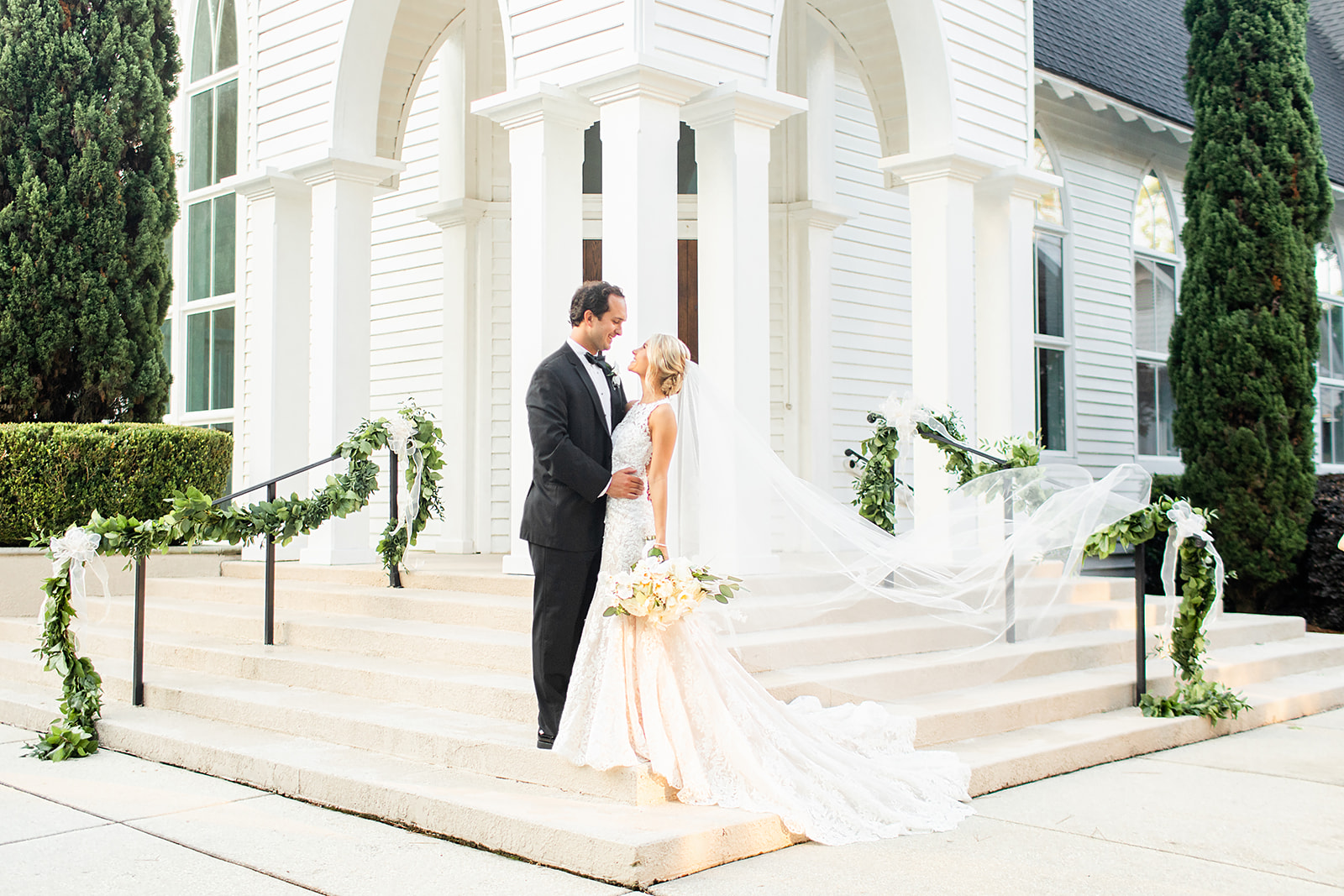 Blush-Black-Tie-Wedding-at-the-Grand-Hotel-in-Point-Clear-Alabama-Anna-Filly-Photography-Cross-Wedding-Bride_+_Groom-21.jpg
