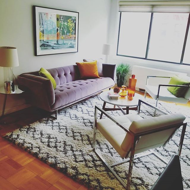 Warm contemporary living room in our latest project in a neat 1 bedroom off 1st Avenue @ 73rd. #nycrealestate #nycresidentialstaging #redjacketresidential #compass