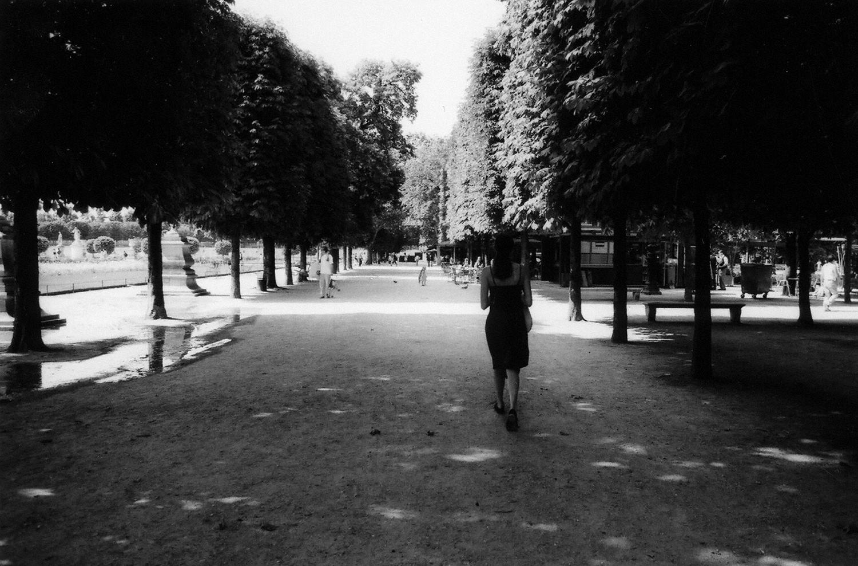 Paris: A Stroll Through the Tuileries