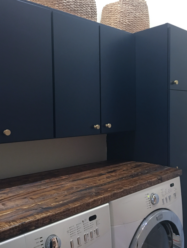 I truly cannot stop staring at the navy!!!  Plus, I love the wood folding counter against the navy blue.