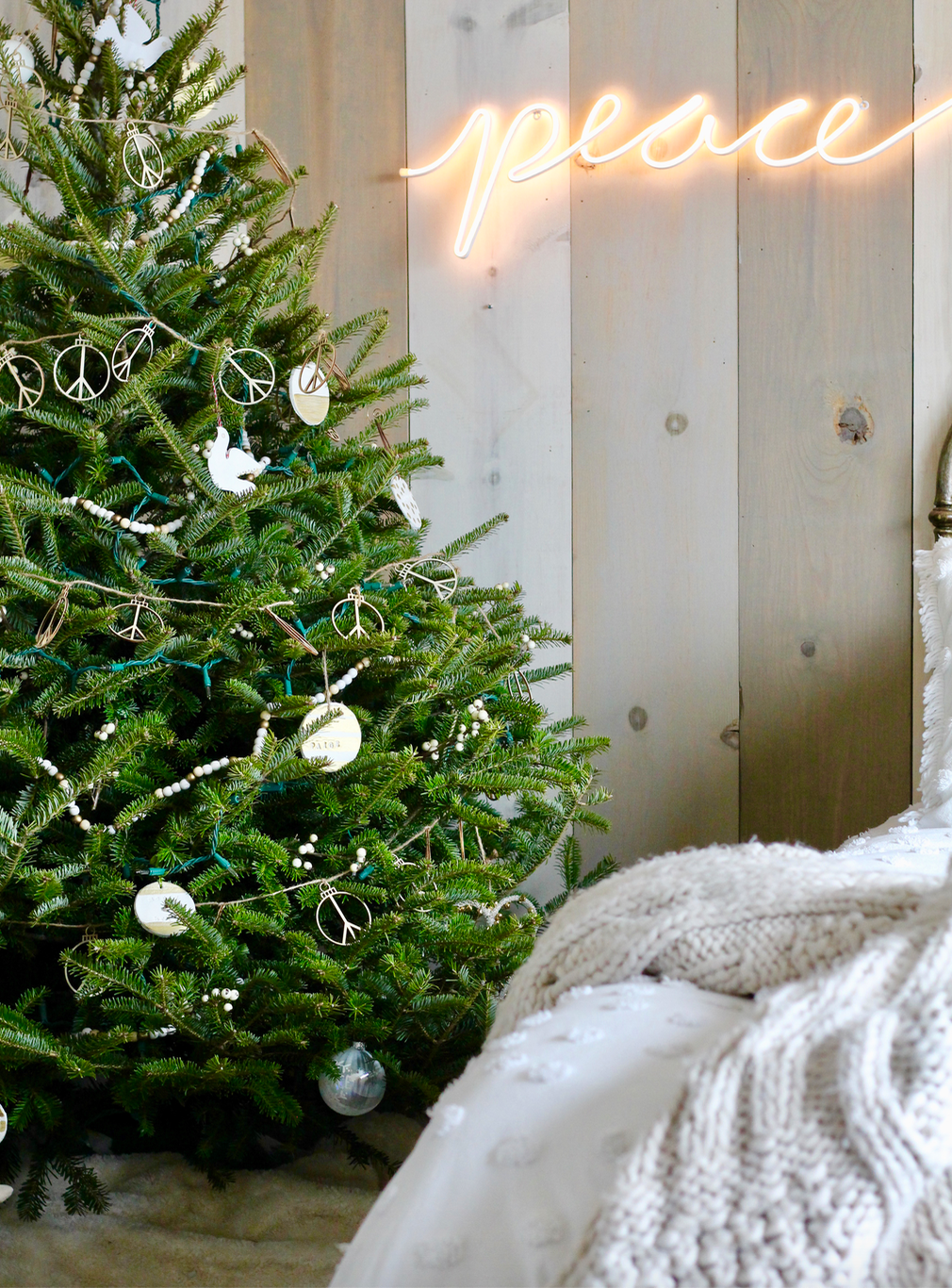 Master Bedroom Christmas Tree soft and neutral.
