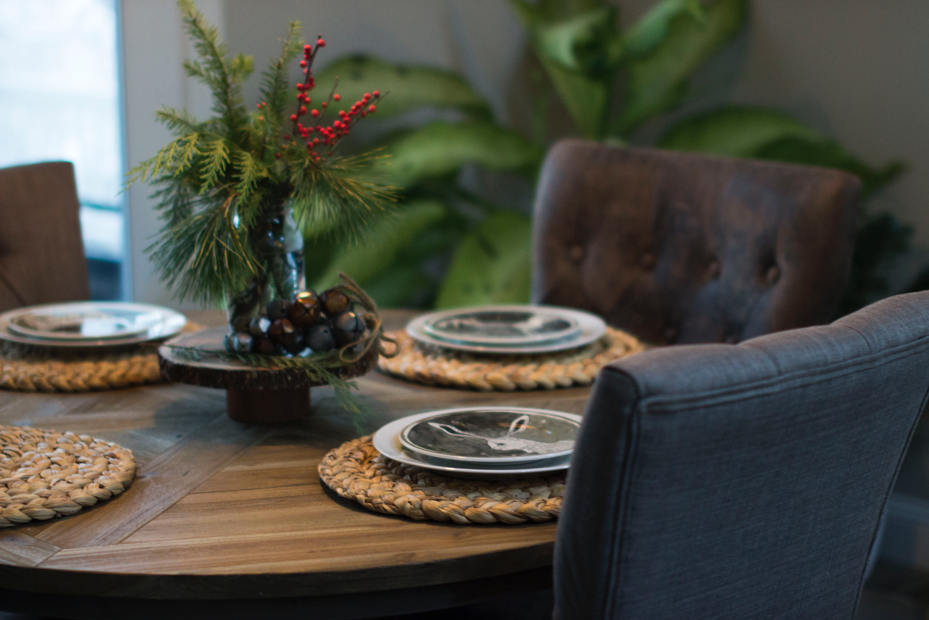 Rustic Christmas Table Scape