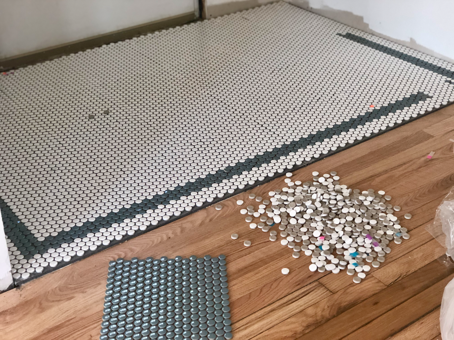 Adding the border around the penny tile