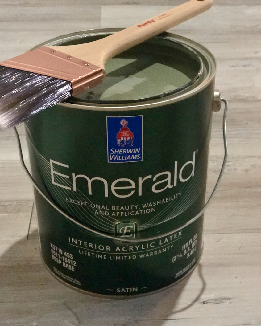 SW Emerald Paint in an satin finish