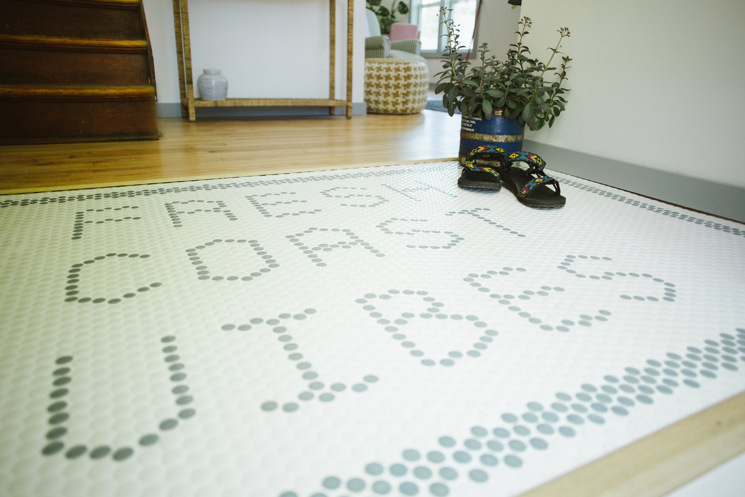 Typography in tile work