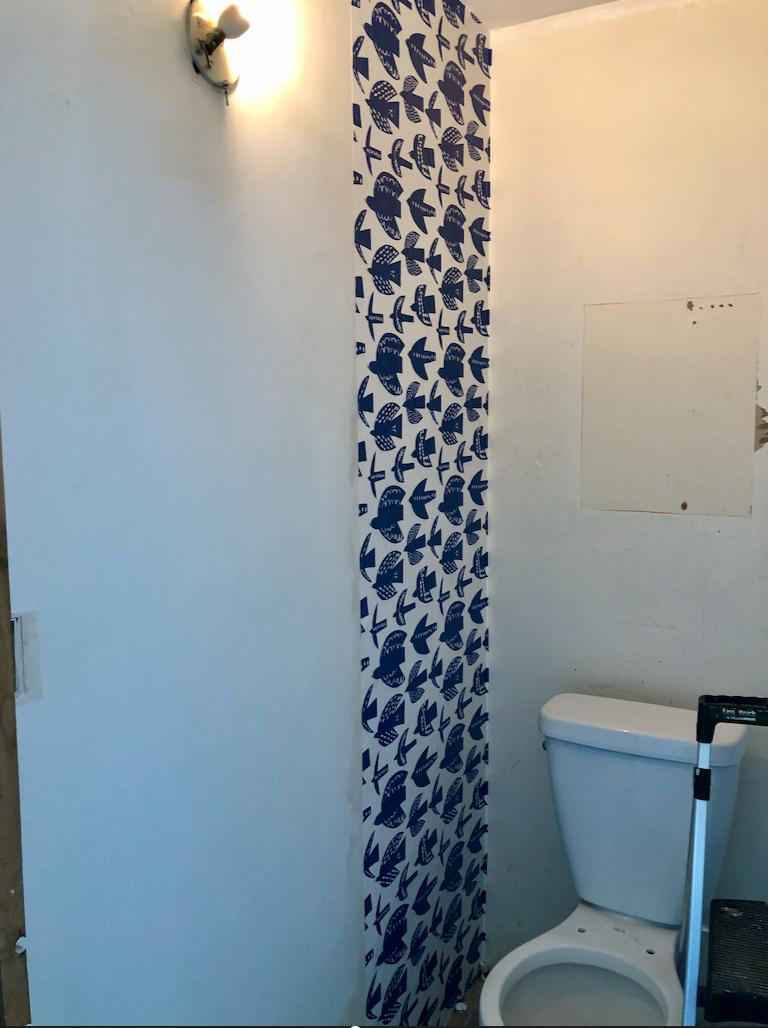 Starting Wallpaper in corner over directions