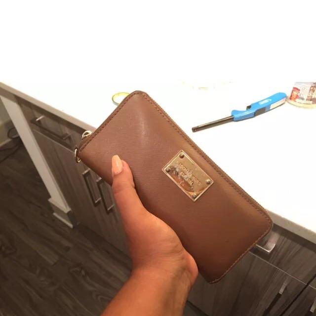 Michael Kors Continental Zip Wallet - Used