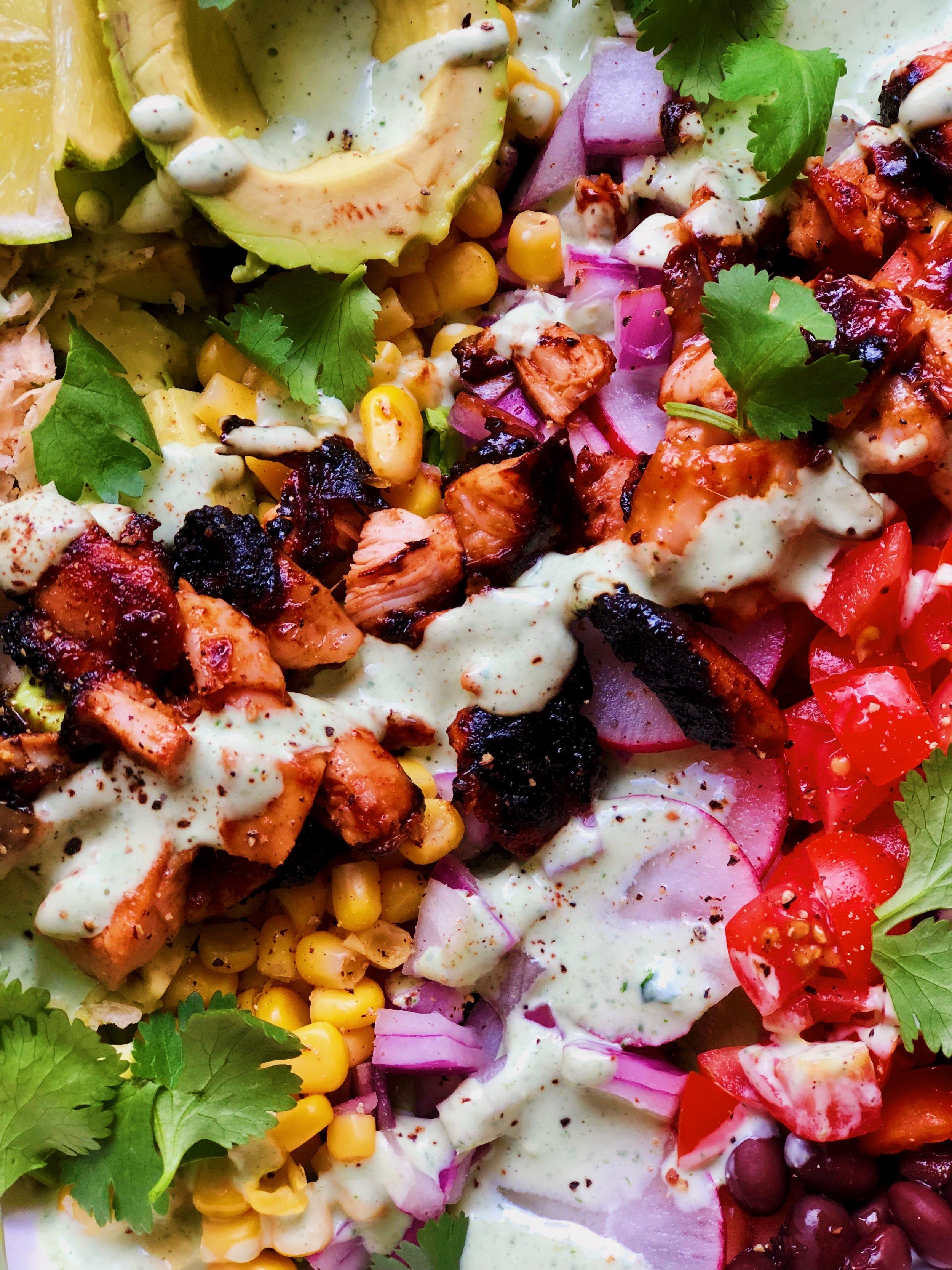 BBQ Chopped Chicken Salad | recipe from tatichin.com