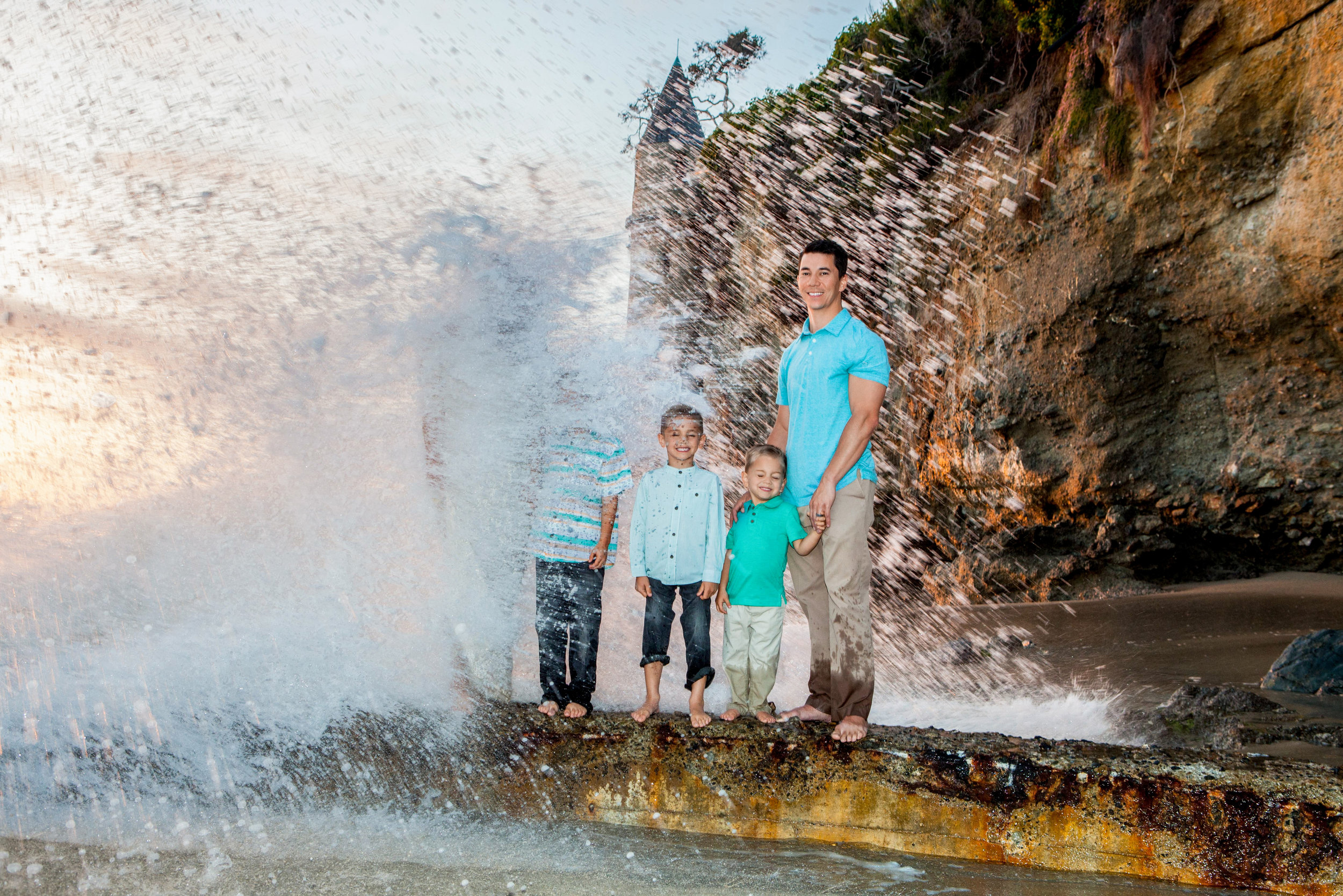 val-westover-photography-funny-family-portrait