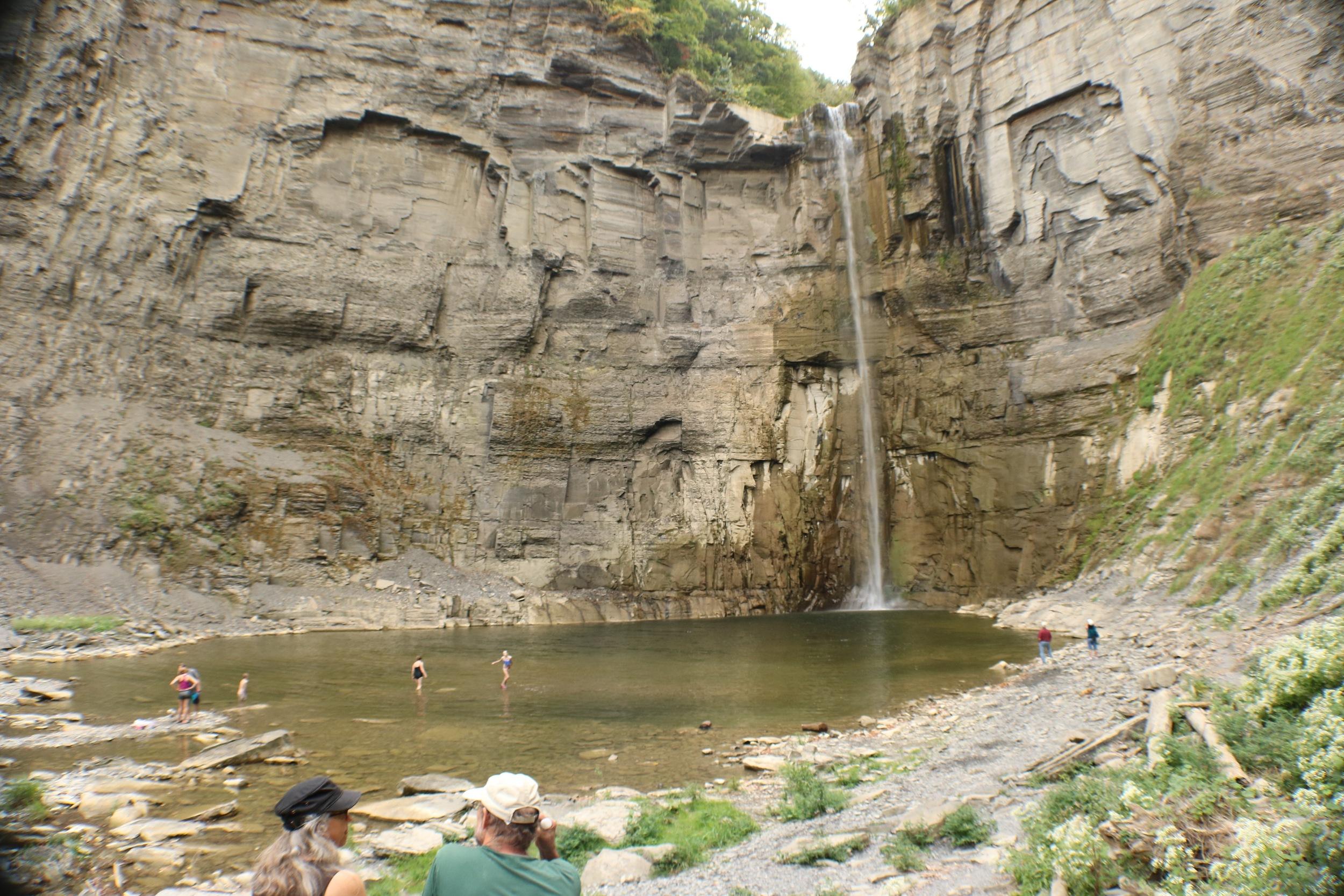 taughannock-falls-state-park-waterfall