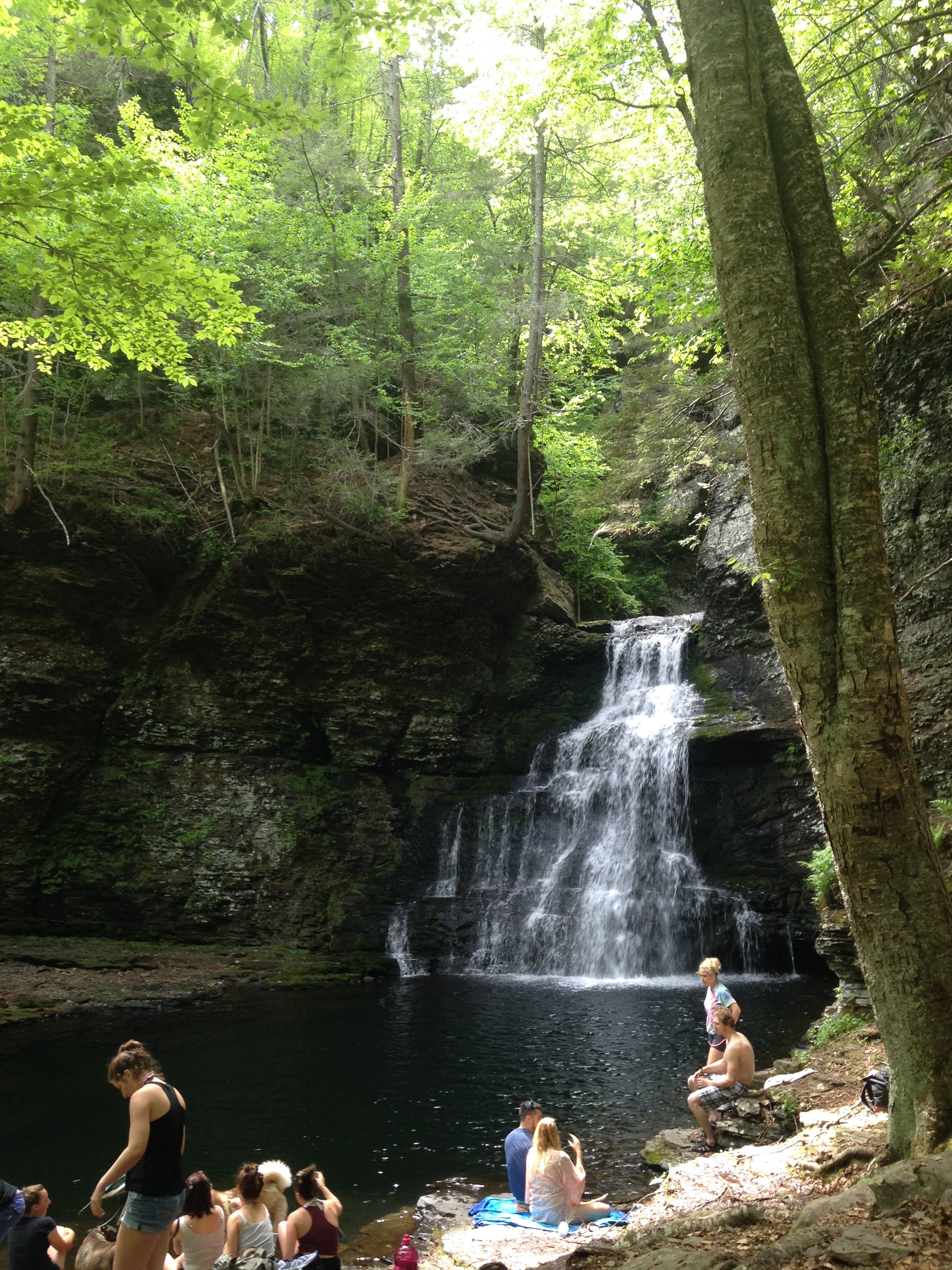 adams-falls-with-people