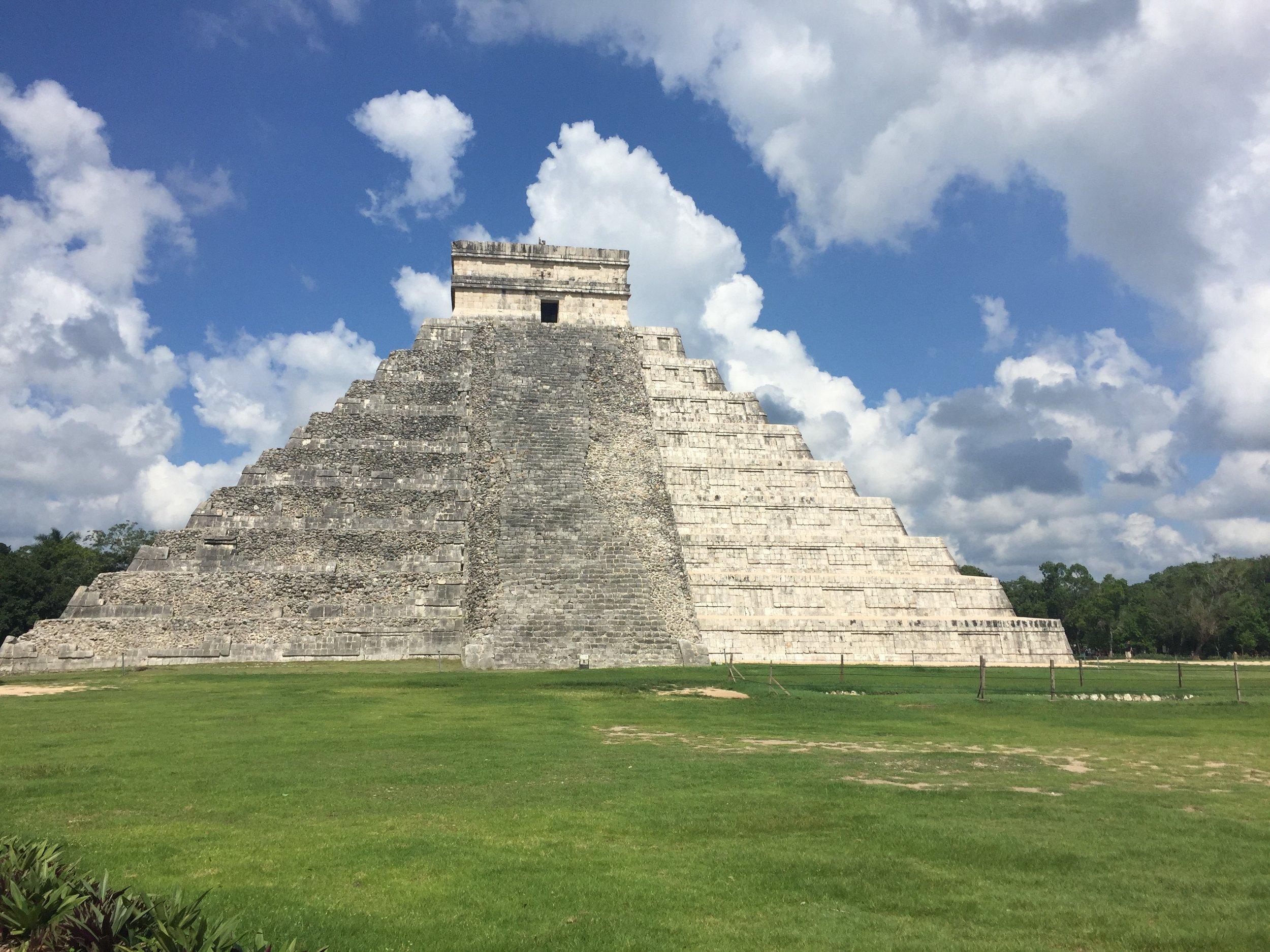 El Castillo Pyramid - Ancient Mayan Civilization