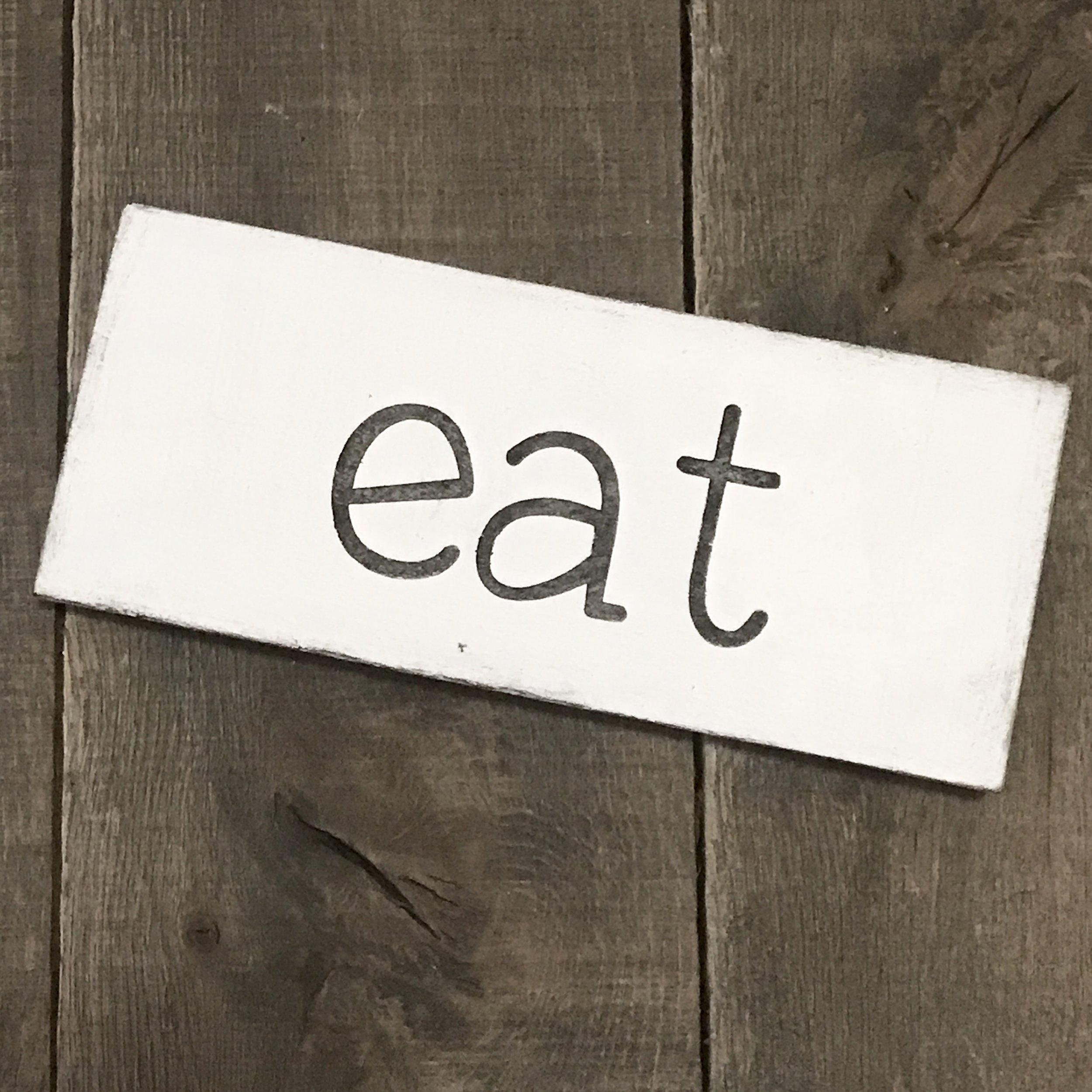 farmhouse eat sign