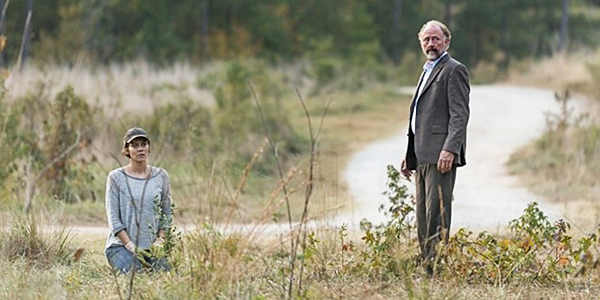 Gregory Can't Defend Maggie or Himself in The Walking Dead
