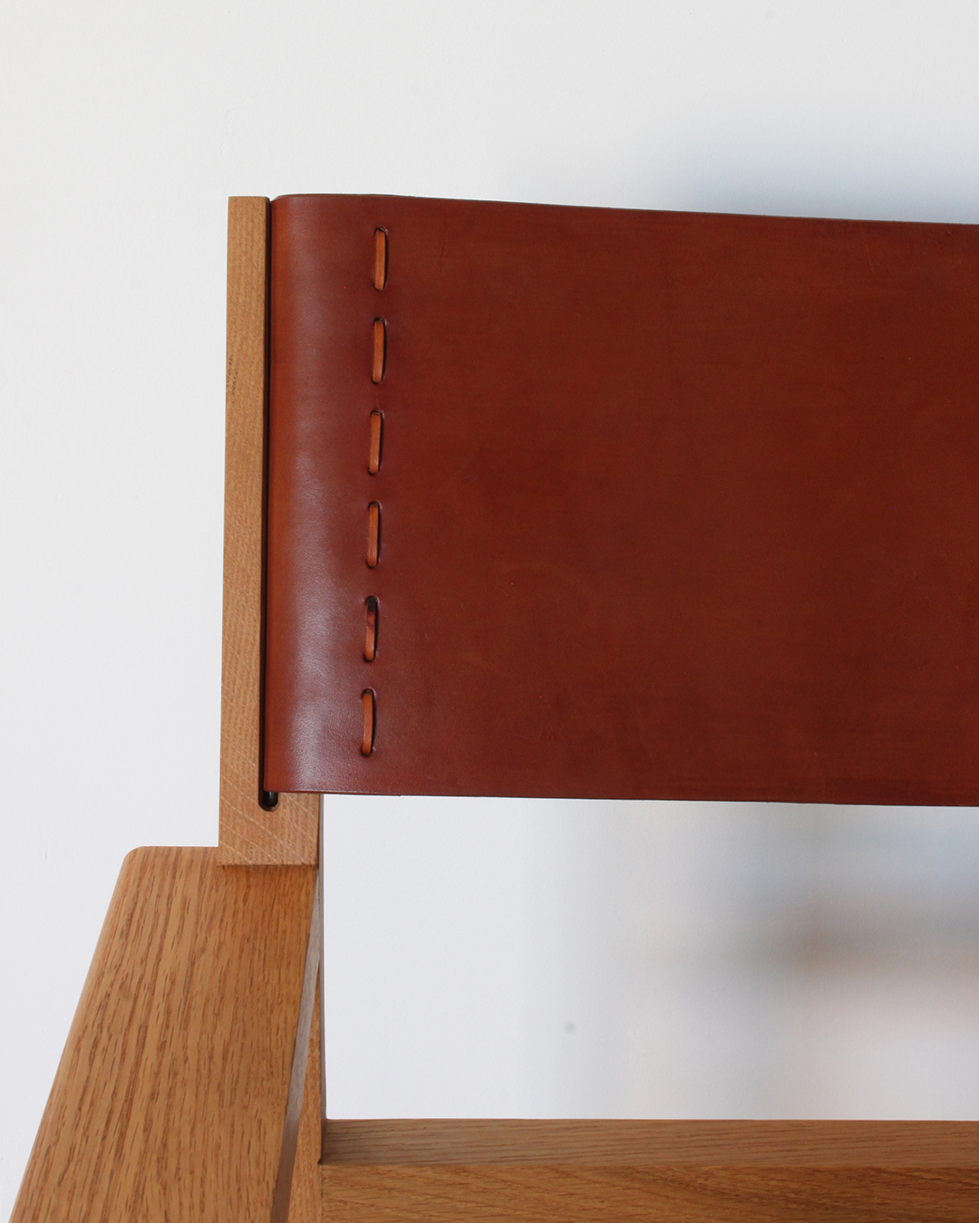 oak_lounge_chair6.jpg