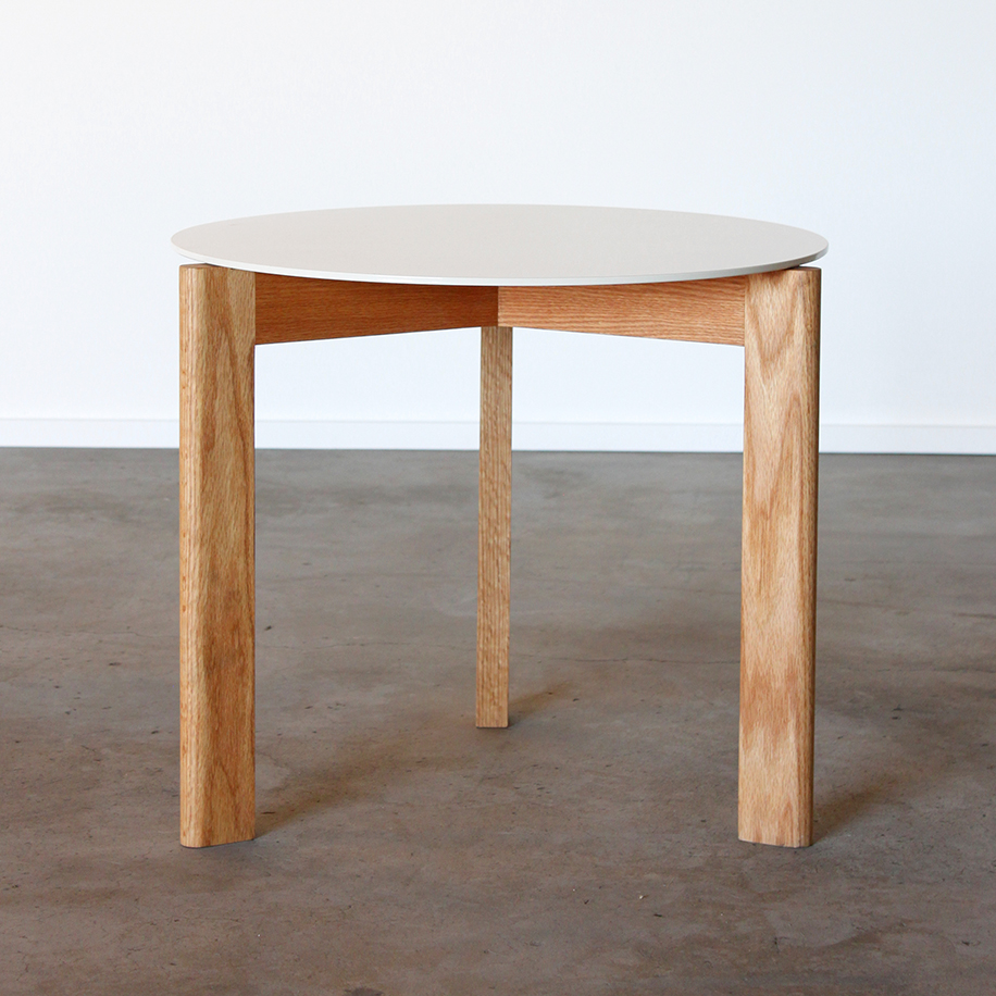 Sunfair Occasional Maple and Metal Table