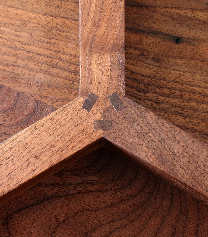 walnut_side_table_detailB.jpg
