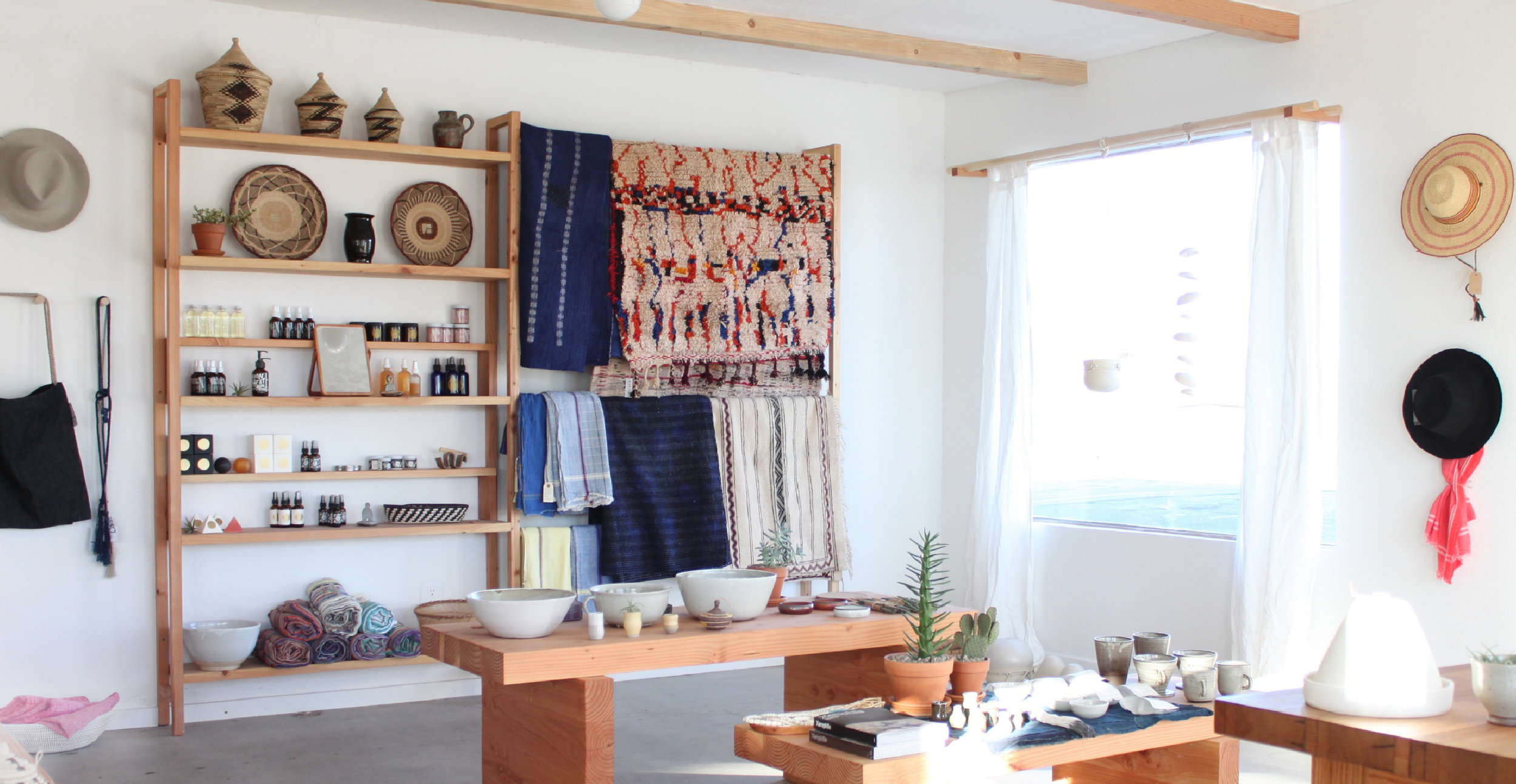 store_banner_b.jpg