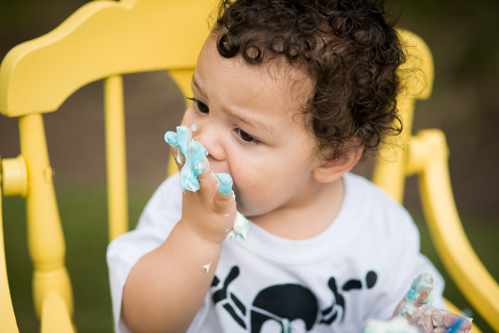 cake smash session for first birthday in highchair by EP Photography