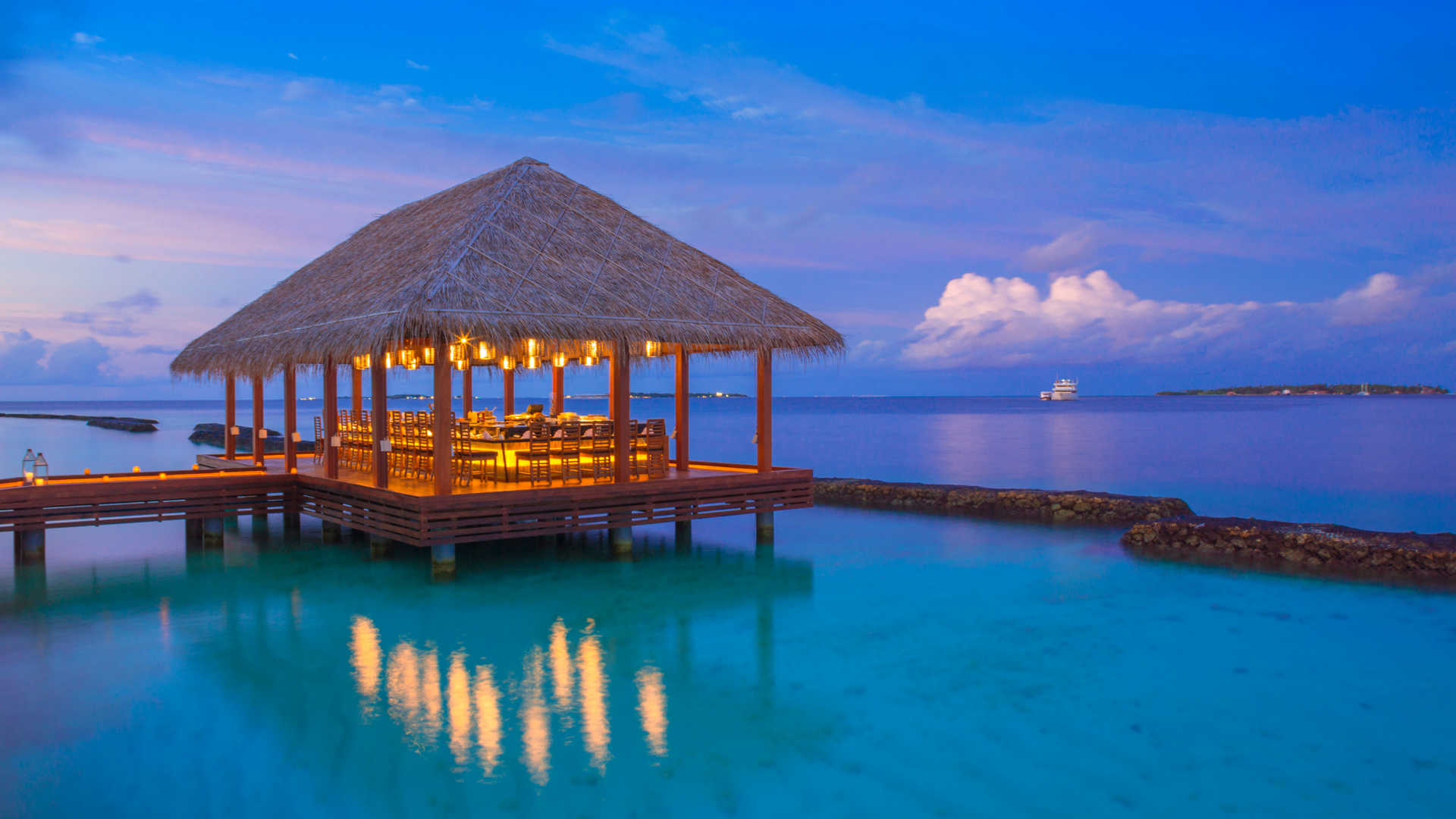 kurumba-maldives-40437717-1493823611-ImageGalleryLightboxLarge.jpg