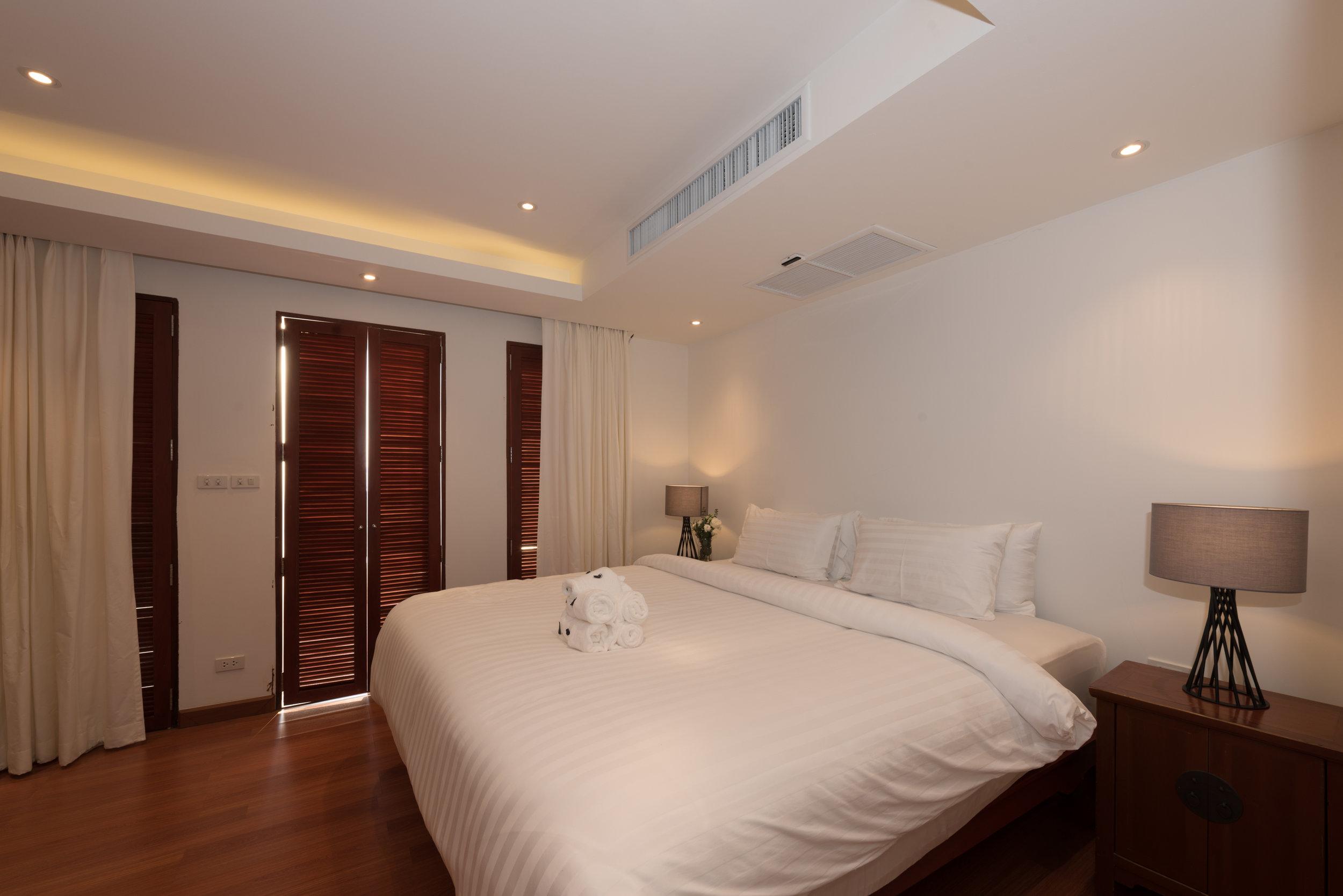 Guest Bedroom 5 (3).jpg