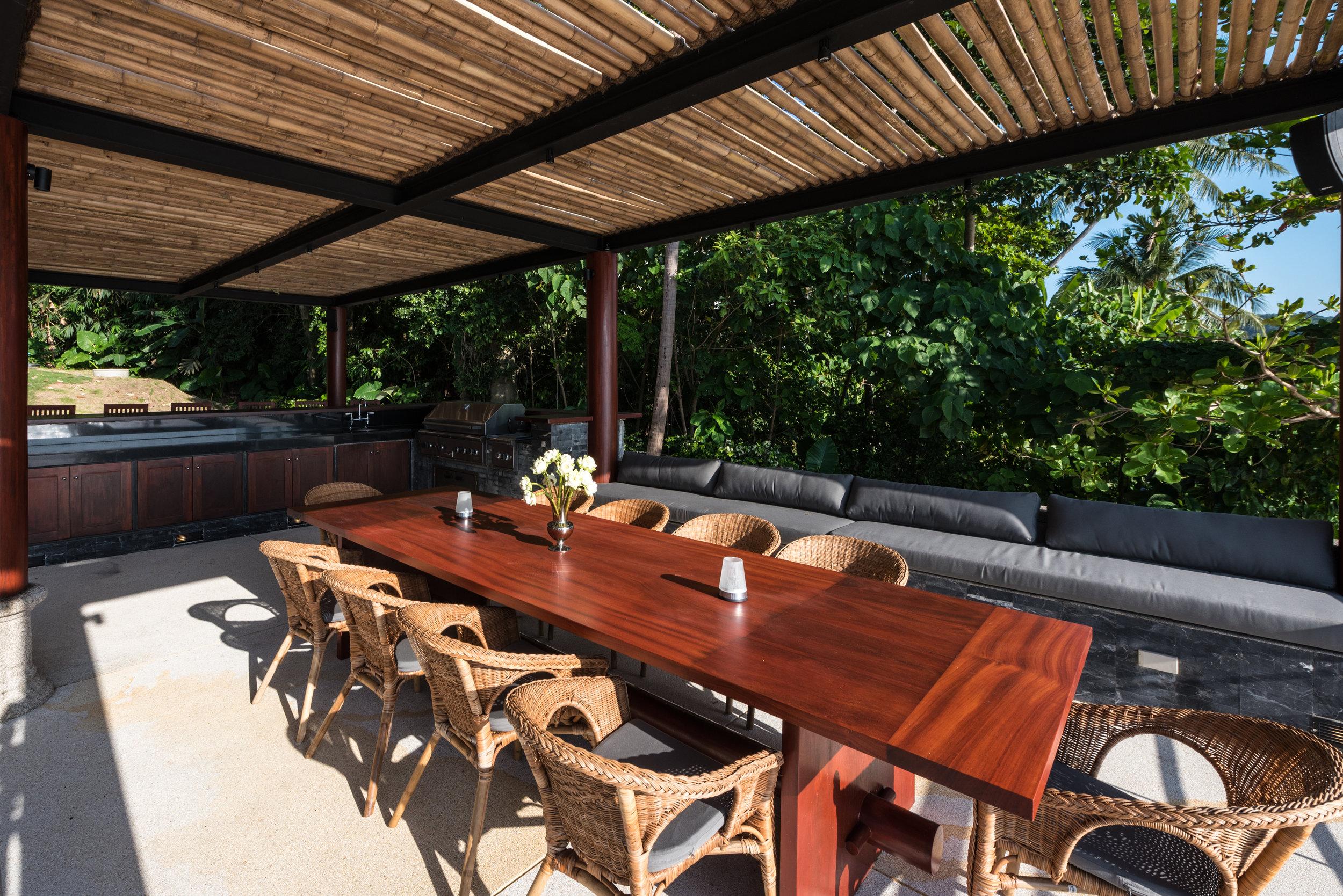 Outdoor Alfresco Dining (3).jpg