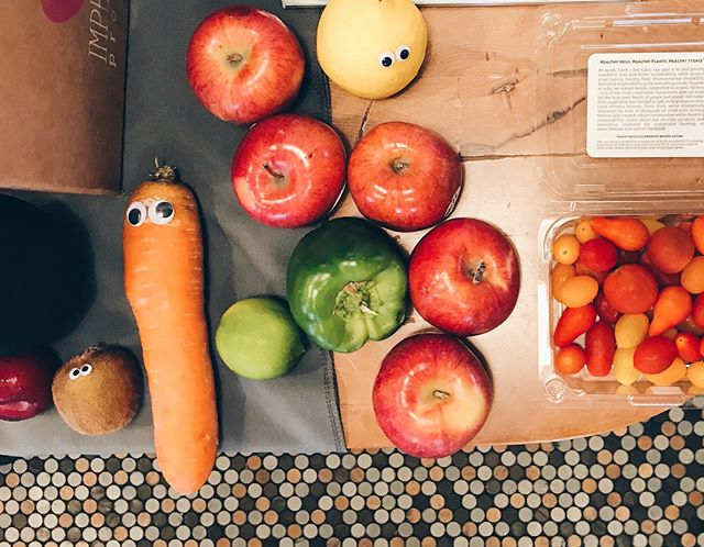 How much we love our local farmers and their imperfect seasonal fruits and veggies. Did you know we only use local imperfect produce for our nutrition workshops and classes. #praktika #wearepraktika #workwellnessbalance #localfarm