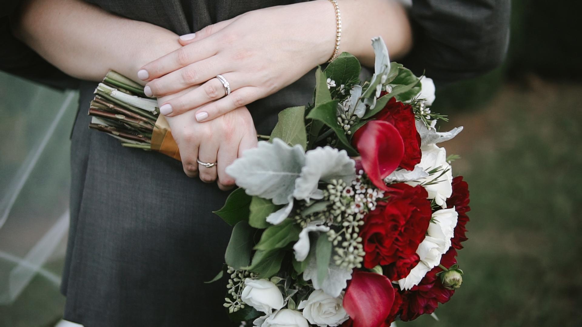 bouquet lynchburg wedding