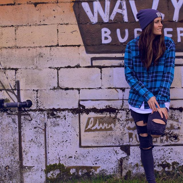 📸 @katie_stanton_ - - - - - #musician #plaid #neff #converse #rippedjeans #graffitiwall #yvr #vancity #vancouver #brunette #alternative #indie #electronic #music #alternativemusic #tropicalhouse #blueplaid #singer #singersongwritter #musicproducer
