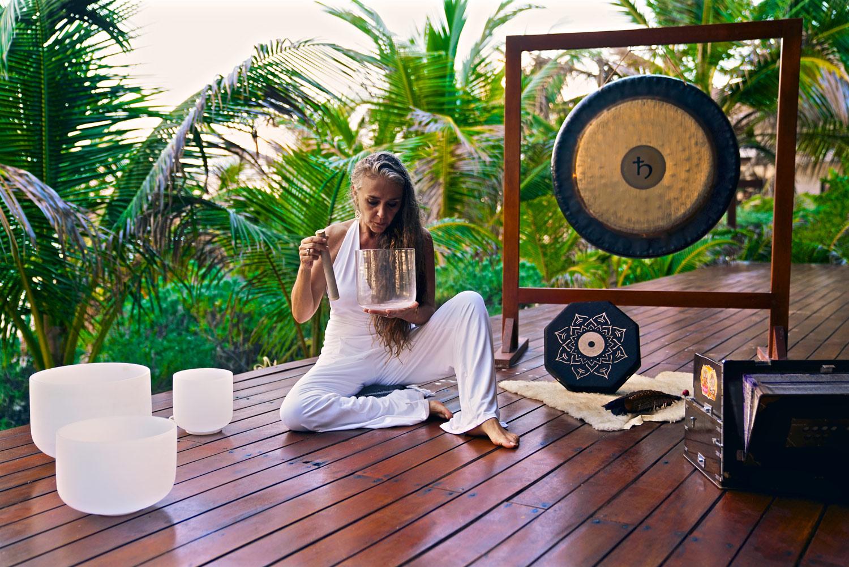 yin-yoga-teacher-training-sound-healing-los-angeles.5.jpg