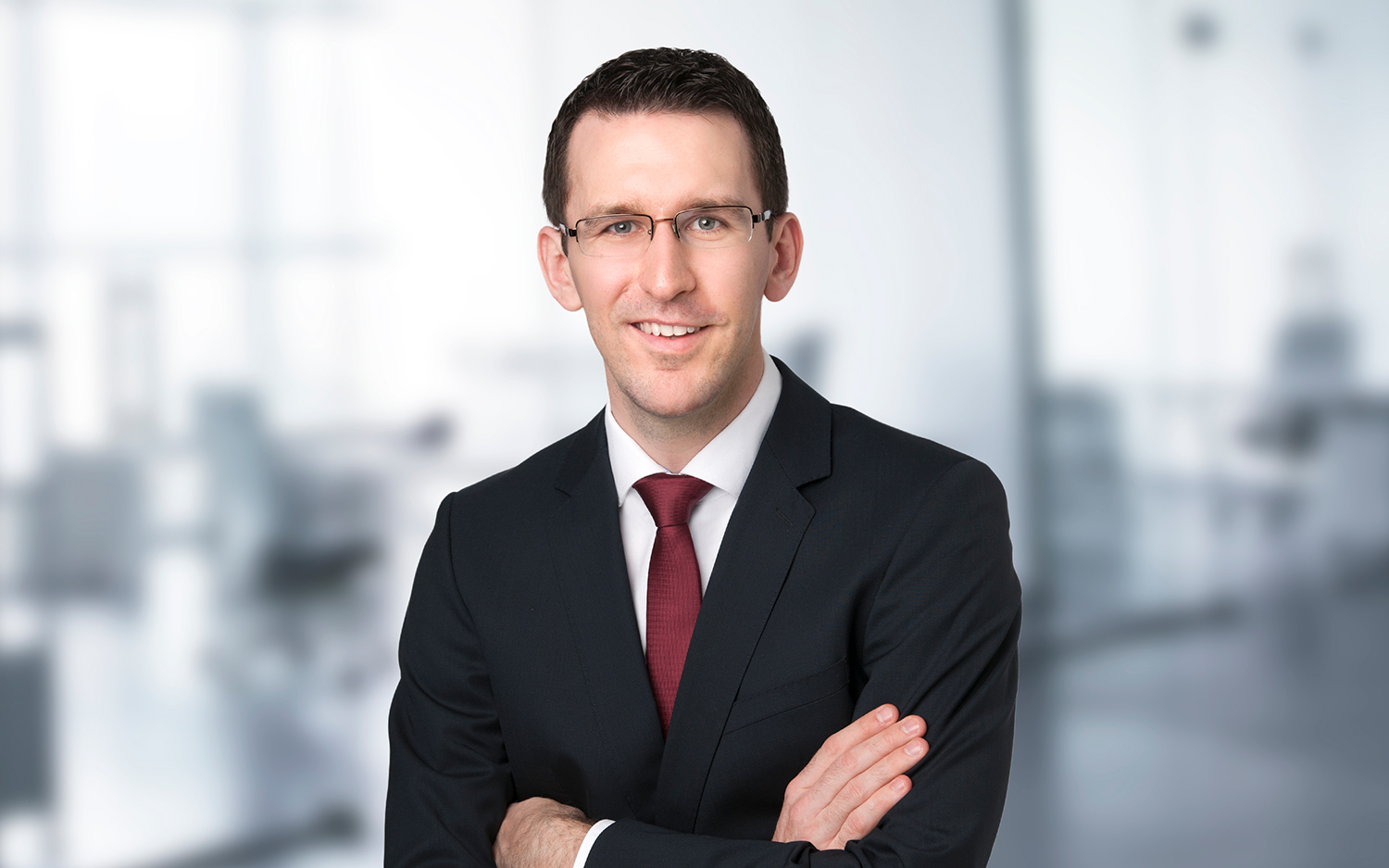 """Christian Fürst  Manager BSc Business Administration  Legal, compliance and tax topics are known as """"heavy weights"""" in today's value chain of banking. Christian has relevant hands-on expertise at disposal when it comes to analyzing, implementing and maintaining customized solutions to address these challenges. Not only from the bank's perspective, but throughout the client journey."""