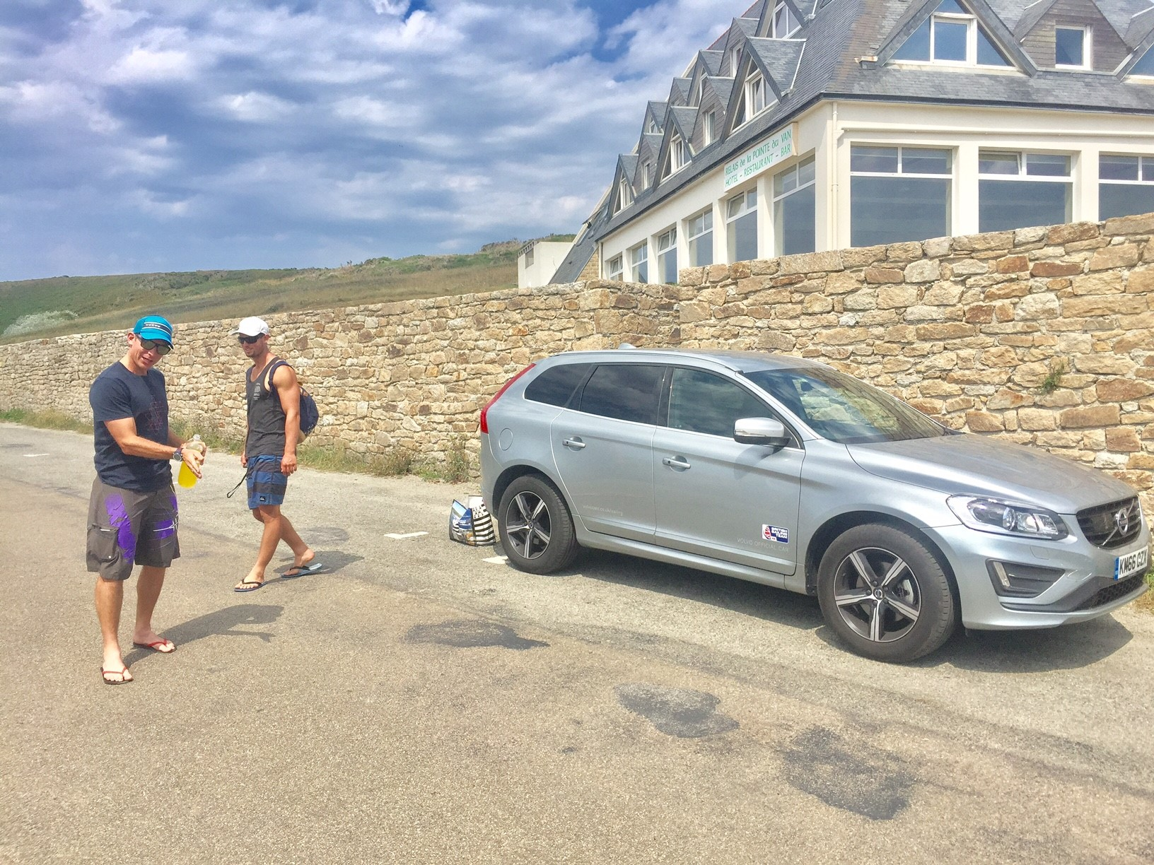 After a couple of days pre-event training we had a rest day where as a team we went and explored the coastline....