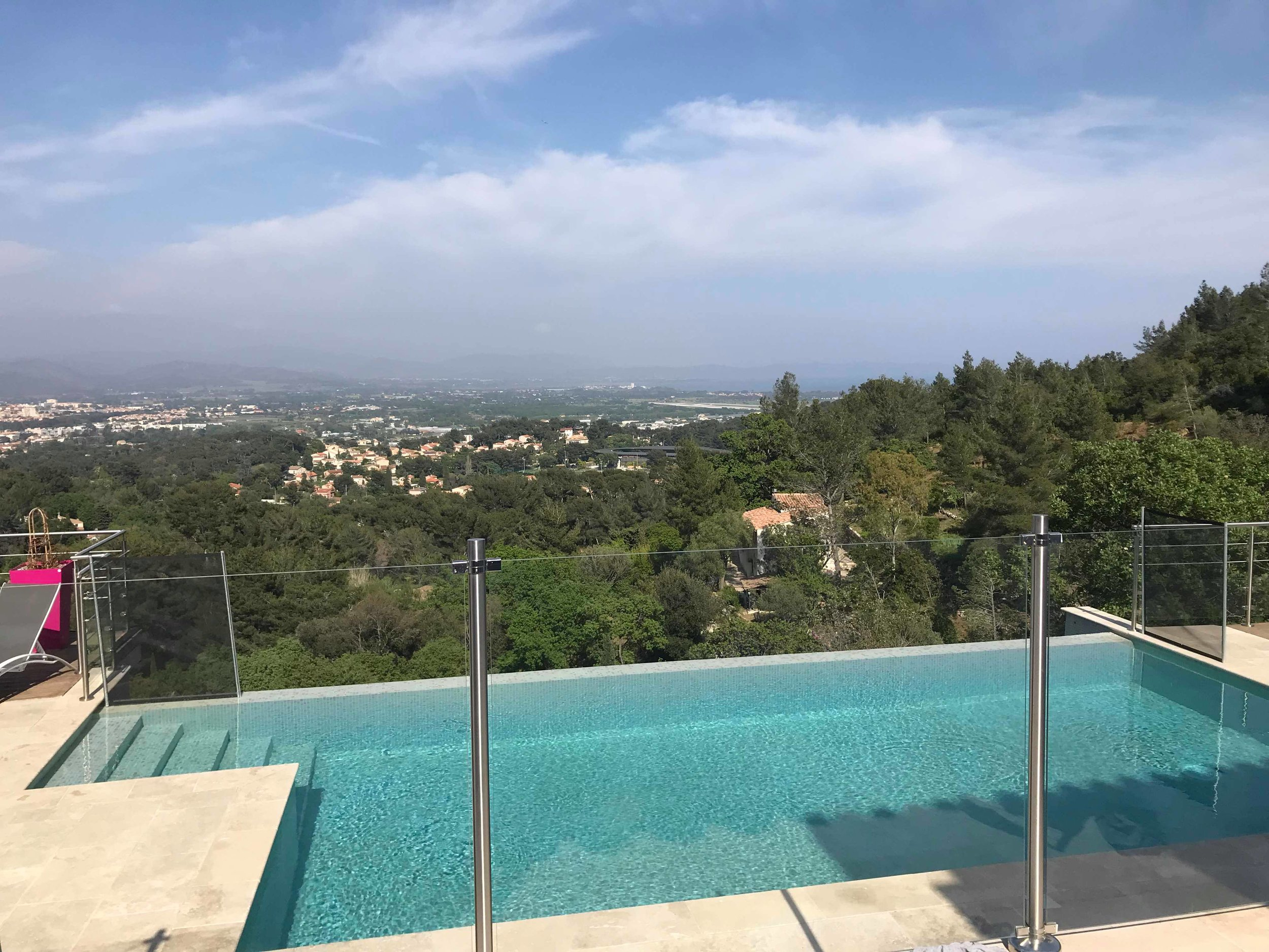 Meanwhile on the accommodation front we managed to bag ourselves an amazing villa in the hills for a ridiculously low price. It was amazing been ale to go for a morning swim everyday ready for sailing!