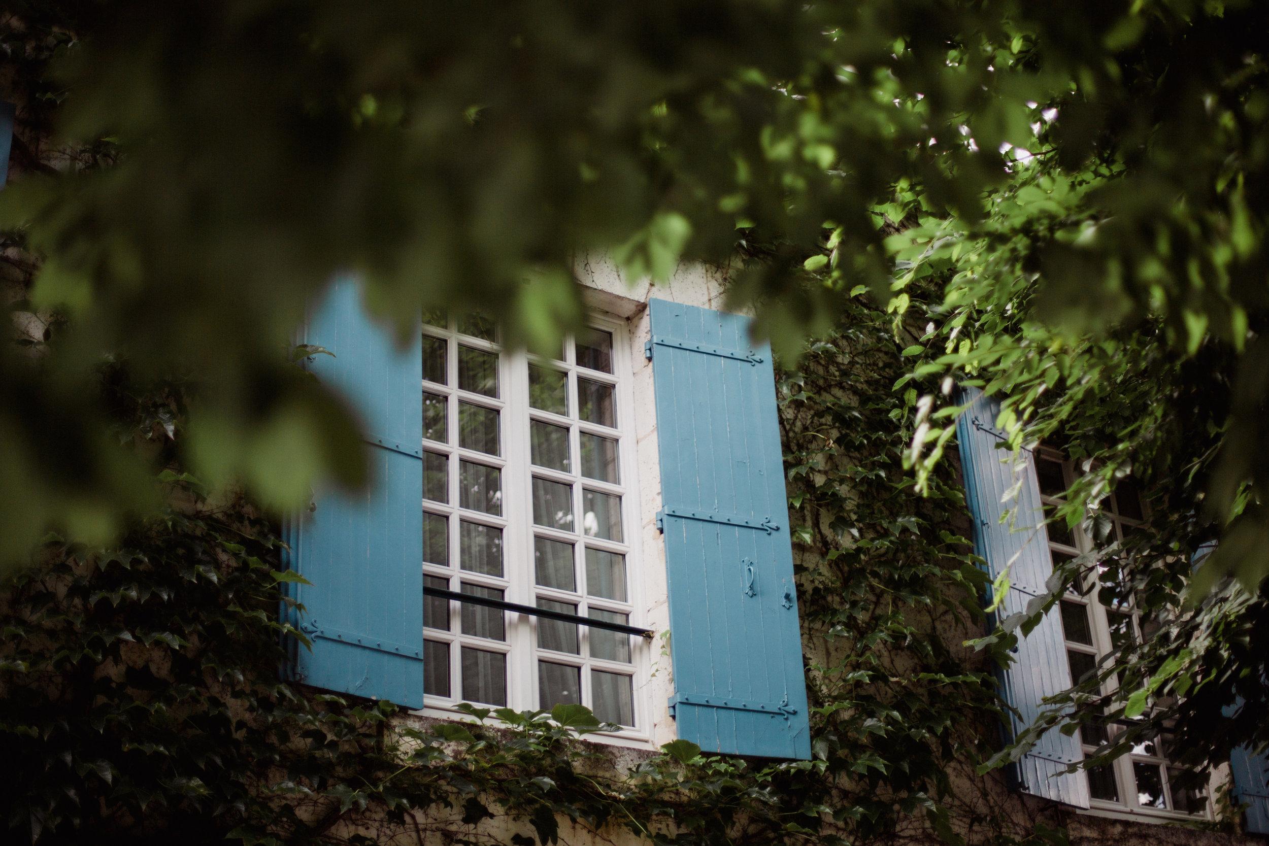 Mariage Dordogne Périgord Restaurant Moulin de l'Abbaye Brantome Photographe Pauline Maroussia P Bordeaux