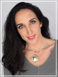 Author Angela Campagnoni
