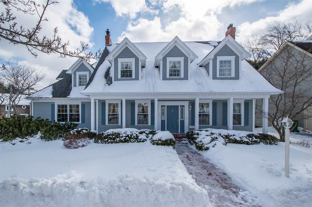 188 Cresthaven Drive, Halifax, Nova Scotia