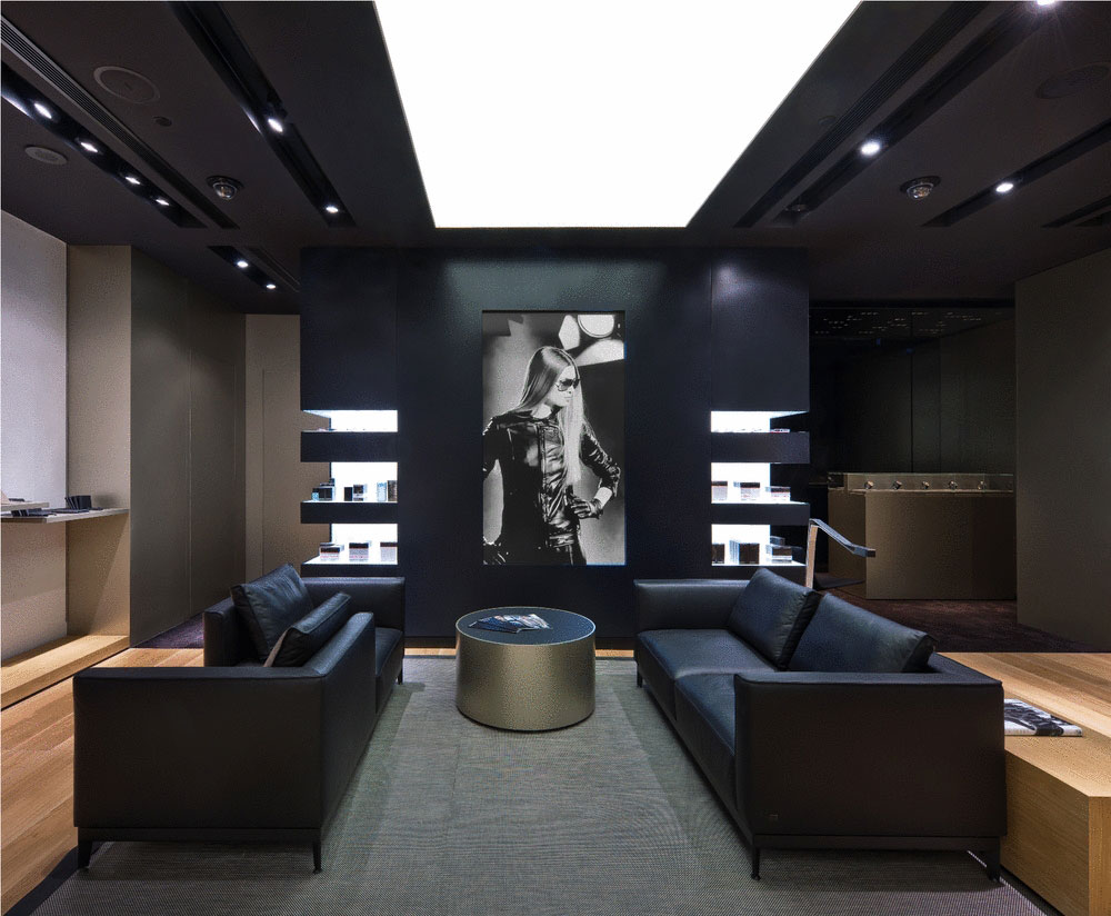 porsche-design-store-in-the-shoppes-at-marina-bay-sands-1.jpg