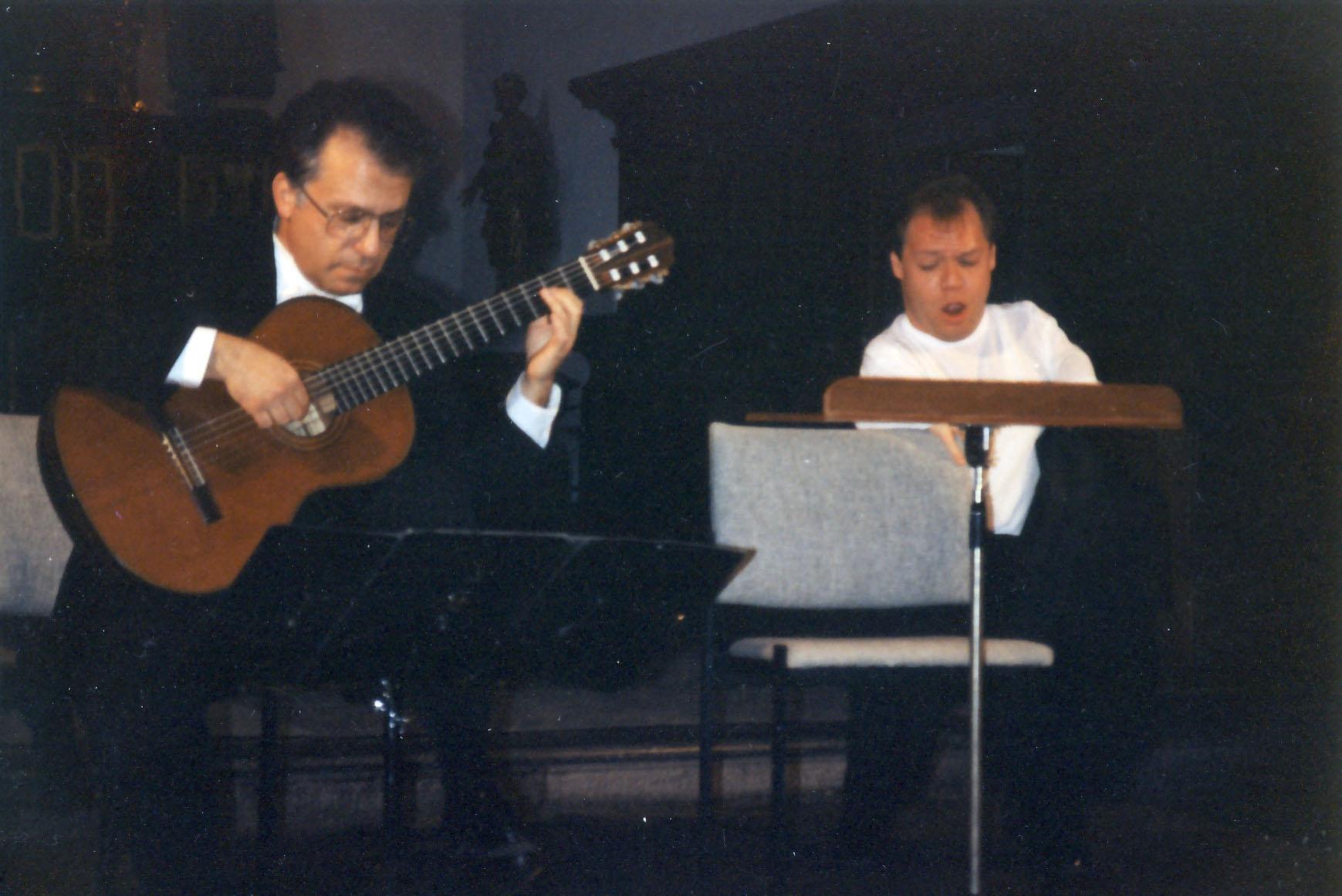 Pepe in recital with bass-baritone Thomas Quasthoff 1994