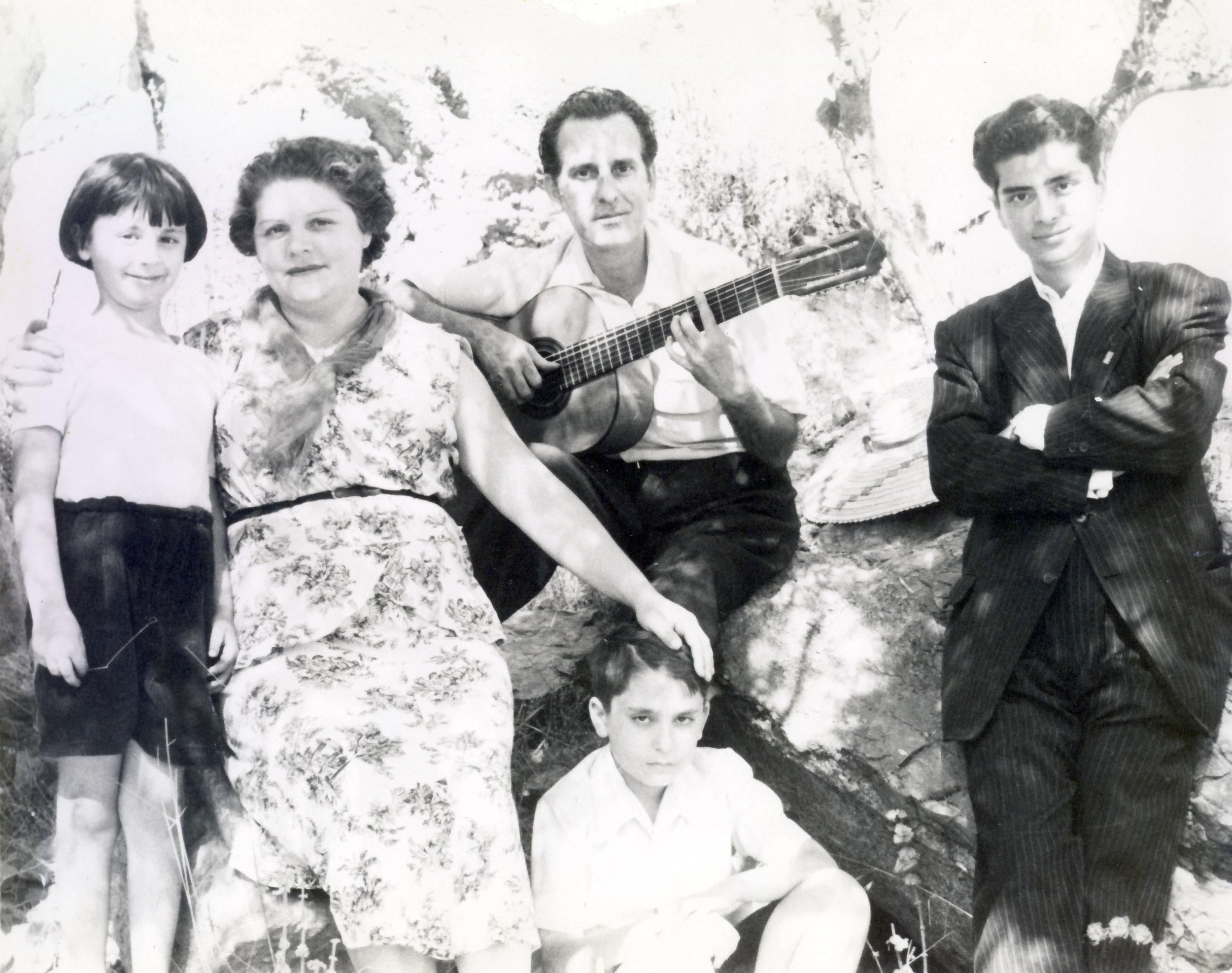 the Romero family in Monte Coronado