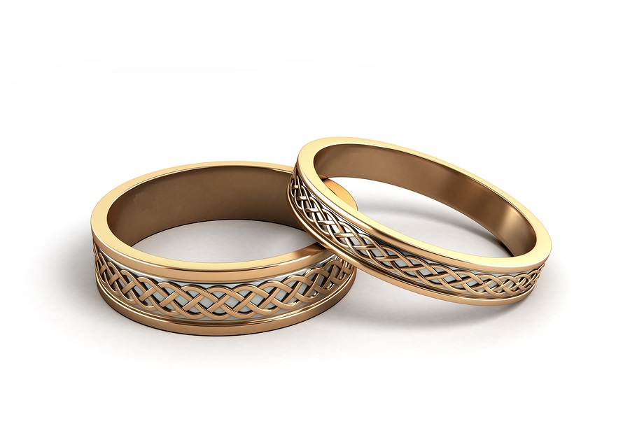 RETOUCH bigstock--D-Render-Gold-Wedding-Rings-E-126349769.jpg
