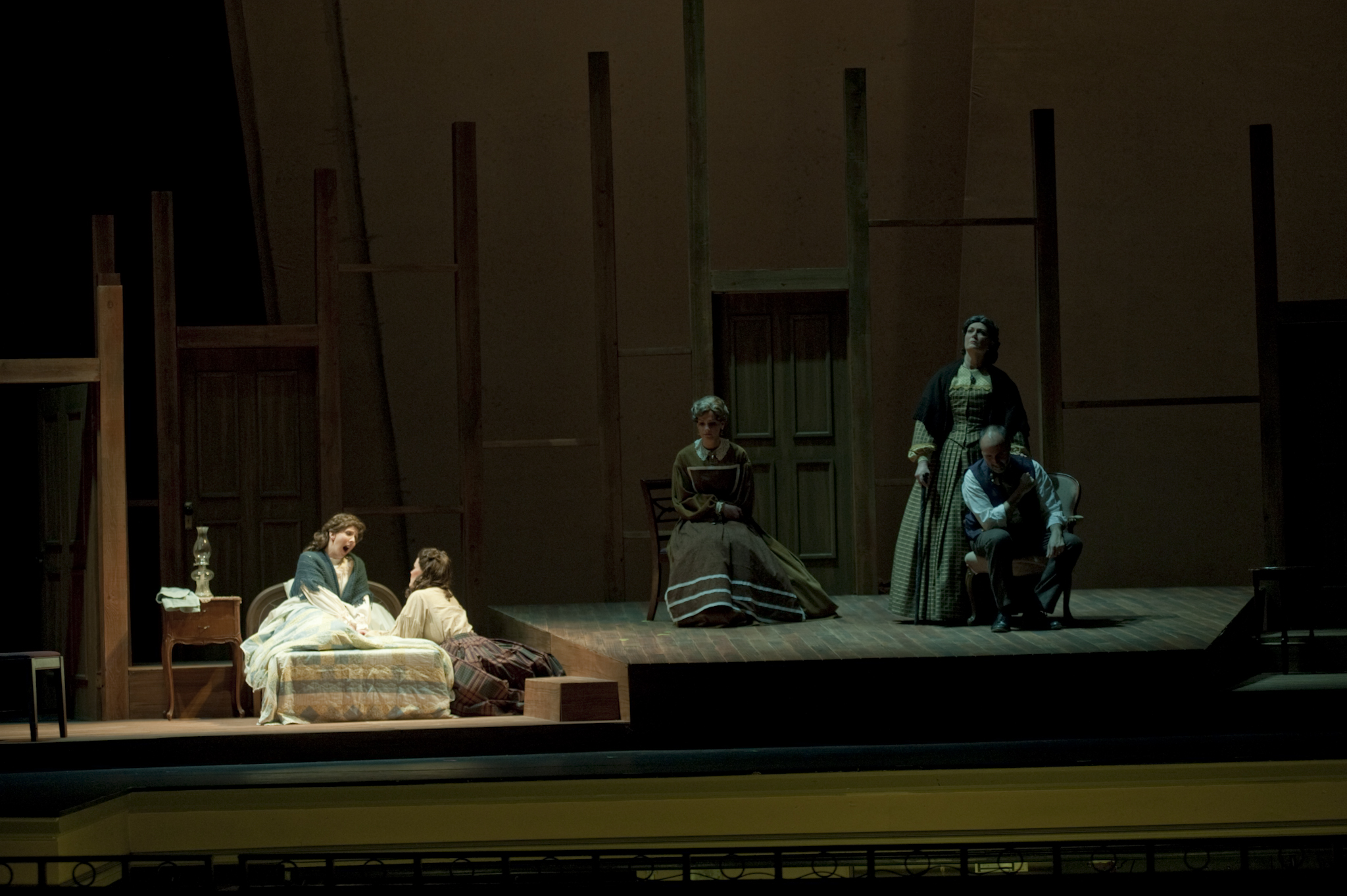 Opera_LilWomen_191.jpg