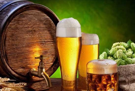 Wooden Keg, Beer and Hops.jpg