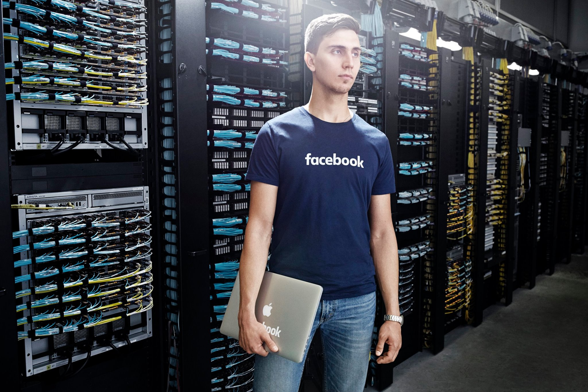 Facebook's team worldwide is massive, relying on 17,048 full time employees last year to keep the company going.
