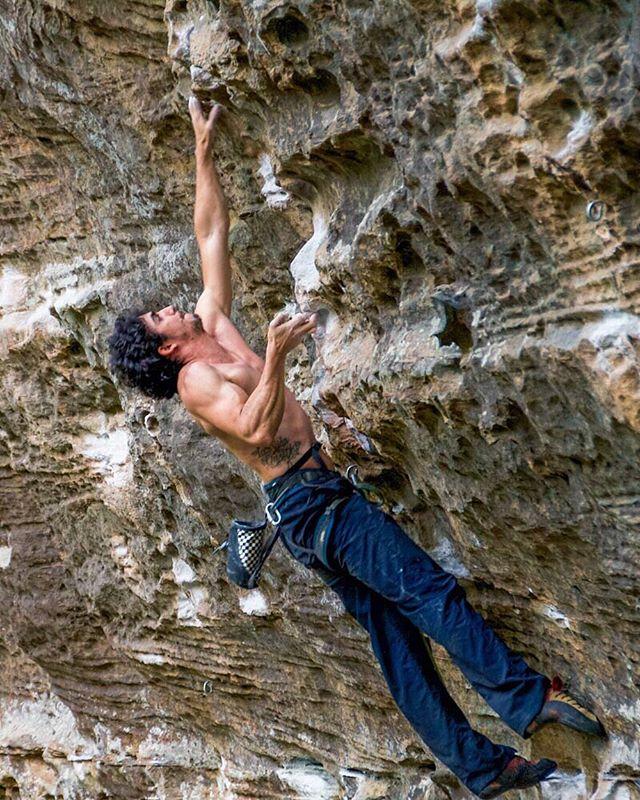 Felipe on Convicted (5.13a) at The Motherload, RRG . . . #redrivergorge #rrg #explorerrg #onlyinkentucky #kentucky #slade #travelky #kystateparks #climbing #climbingrocks #climber #climbing_pictures_of_instagram
