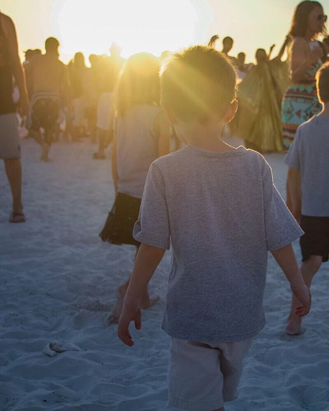 Drum circle and sunsets at Siesta Key . . . #siestakey #siestakey #florida #visitflorida #sarasota #visitsarasota #floridasunset #drumcircle #sunsets #sunsetbeach #sunset_love